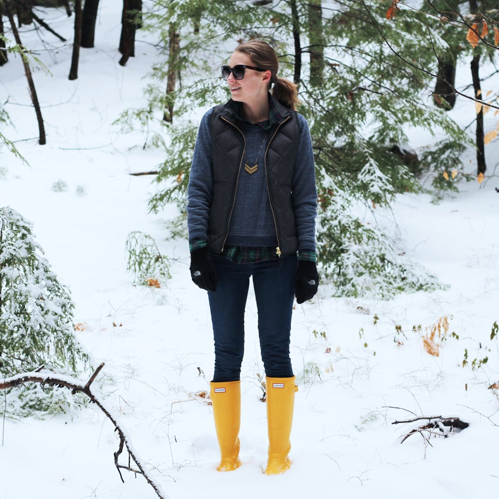 Grey puffer vest, navy marled sweatshirt, plaid flannel shirt, skinny jeans, Hunter boots — Cotton Cashmere Cat Hair