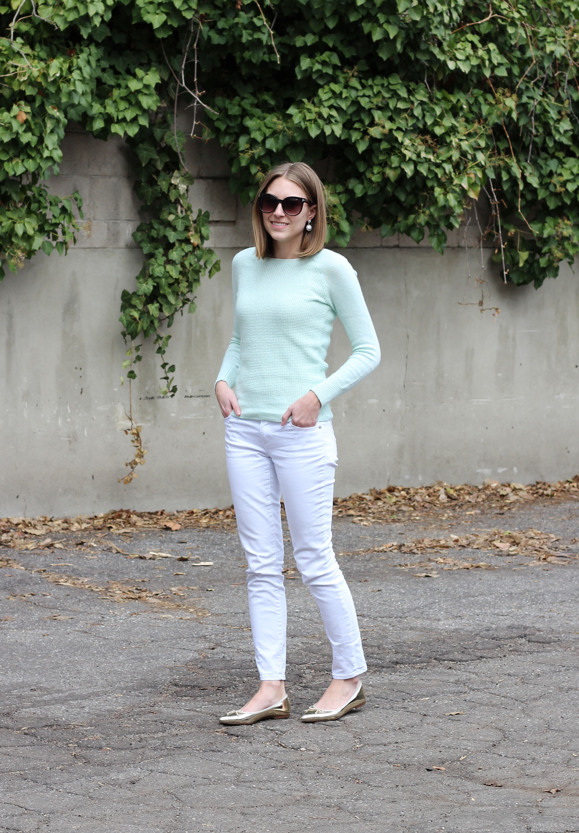 Spring outfit: Mint sweater, white skinny jeans, gold J.Crew flats — Cotton Cashmere Cat Hair