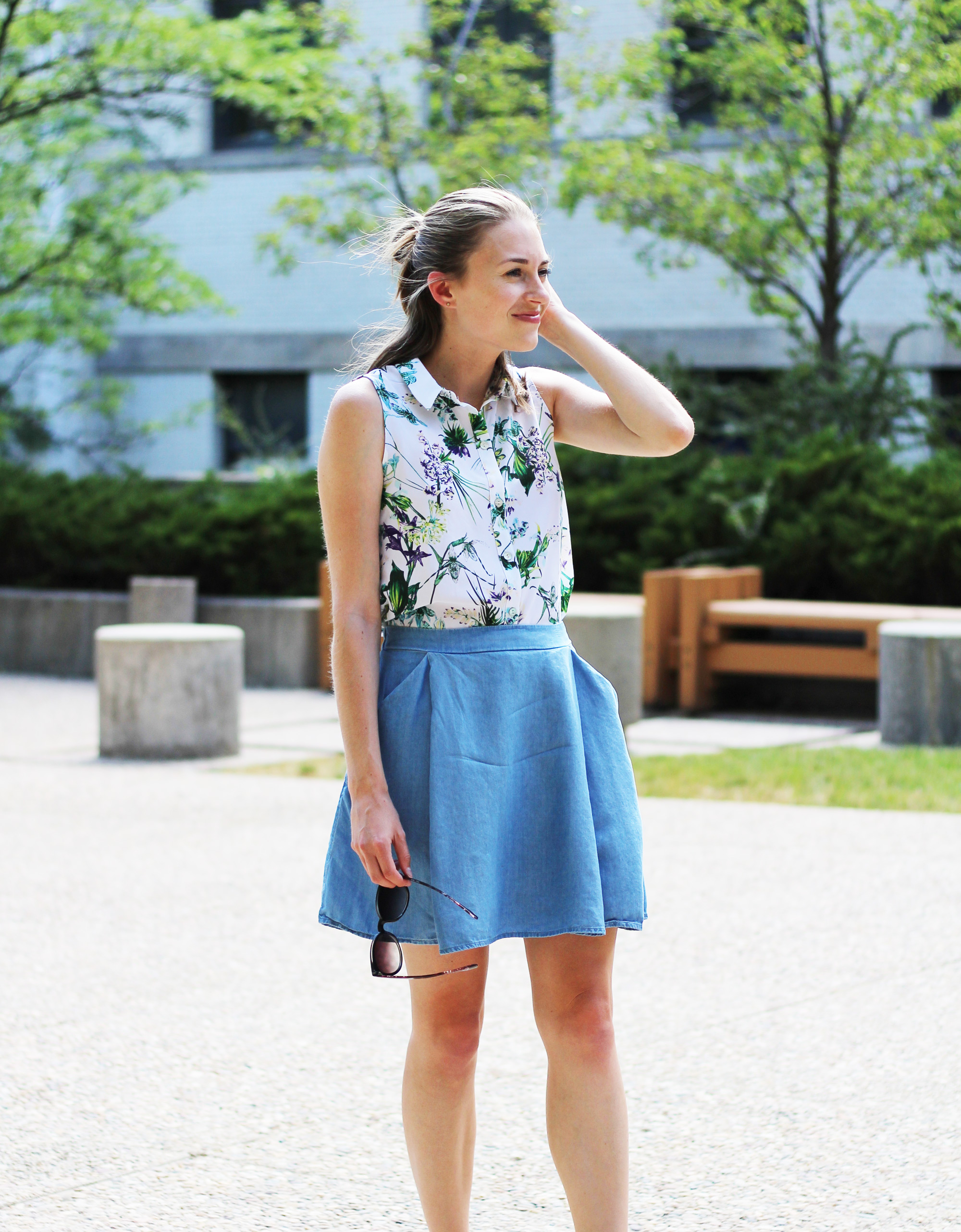 Amour Vert 'Riley' silk shirt in tropical + Old Navy chambray skirt — Cotton Cashmere Cat Hair