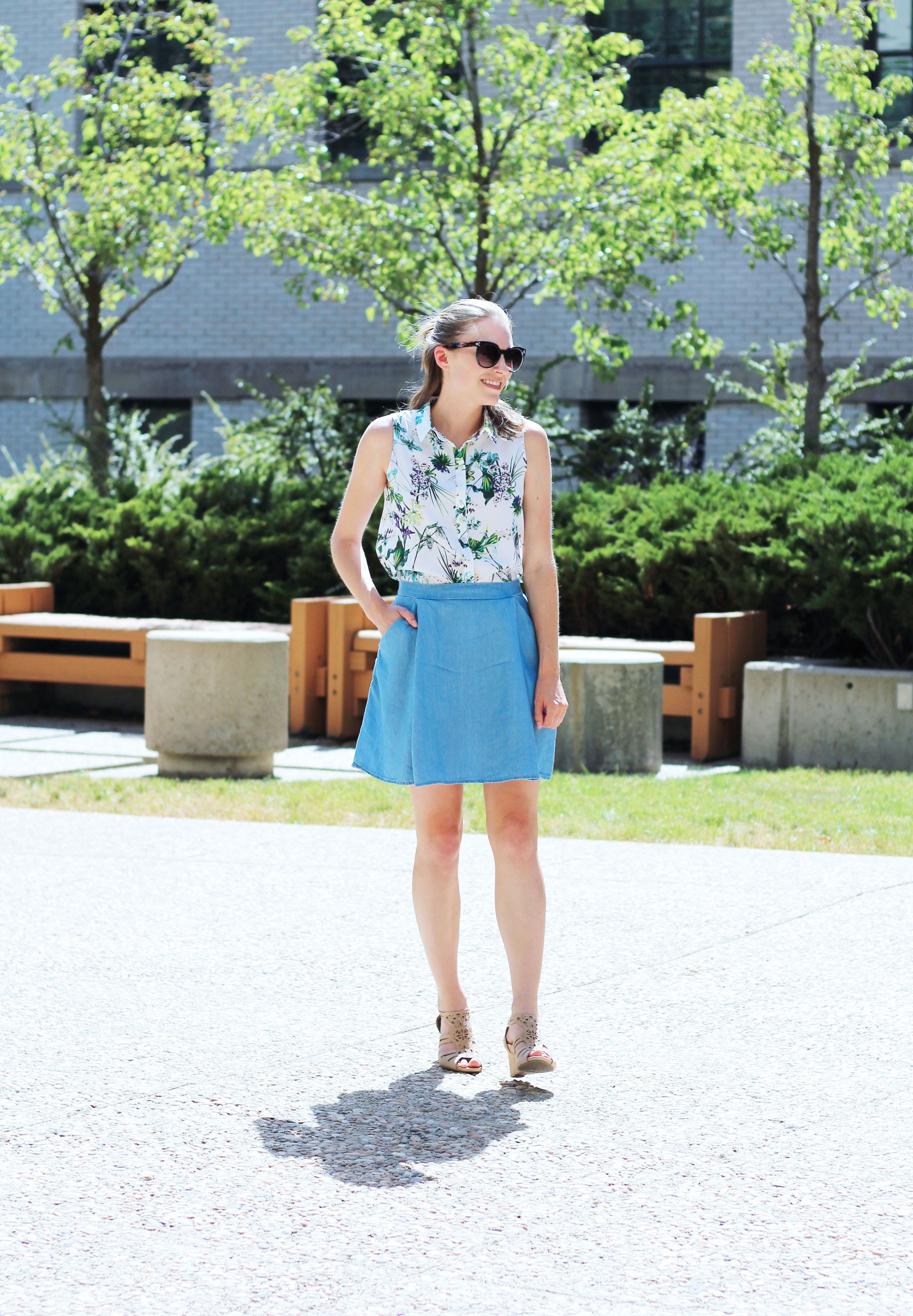 Amour Vert 'Riley' silk shirt in tropical, Old Navy chambray skirt, Earthies 'Morolo' sandals — Cotton Cashmere Cat Hair