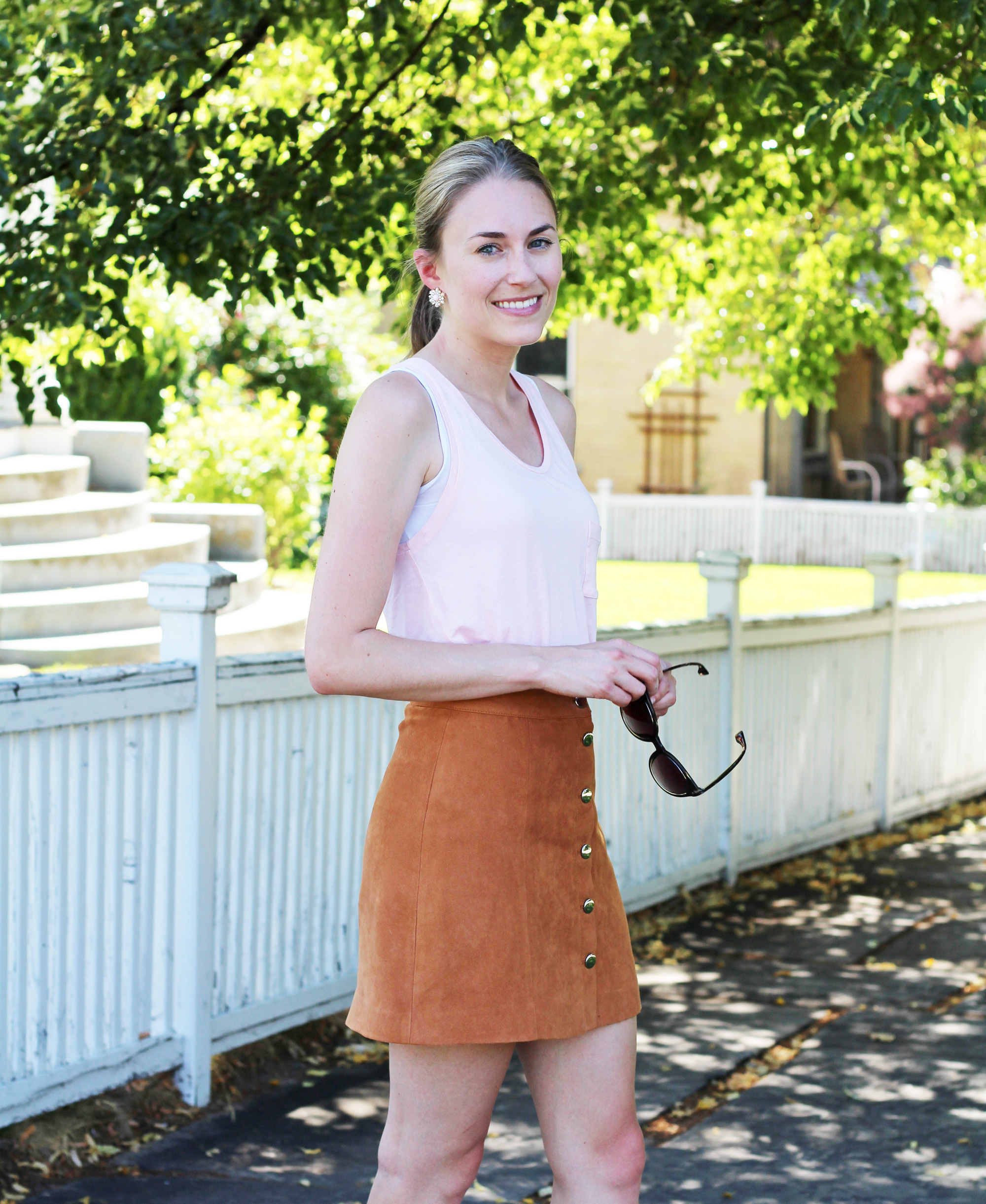 Tan suede skirt outfit with light pink tank top — Cotton Cashmere Cat Hair
