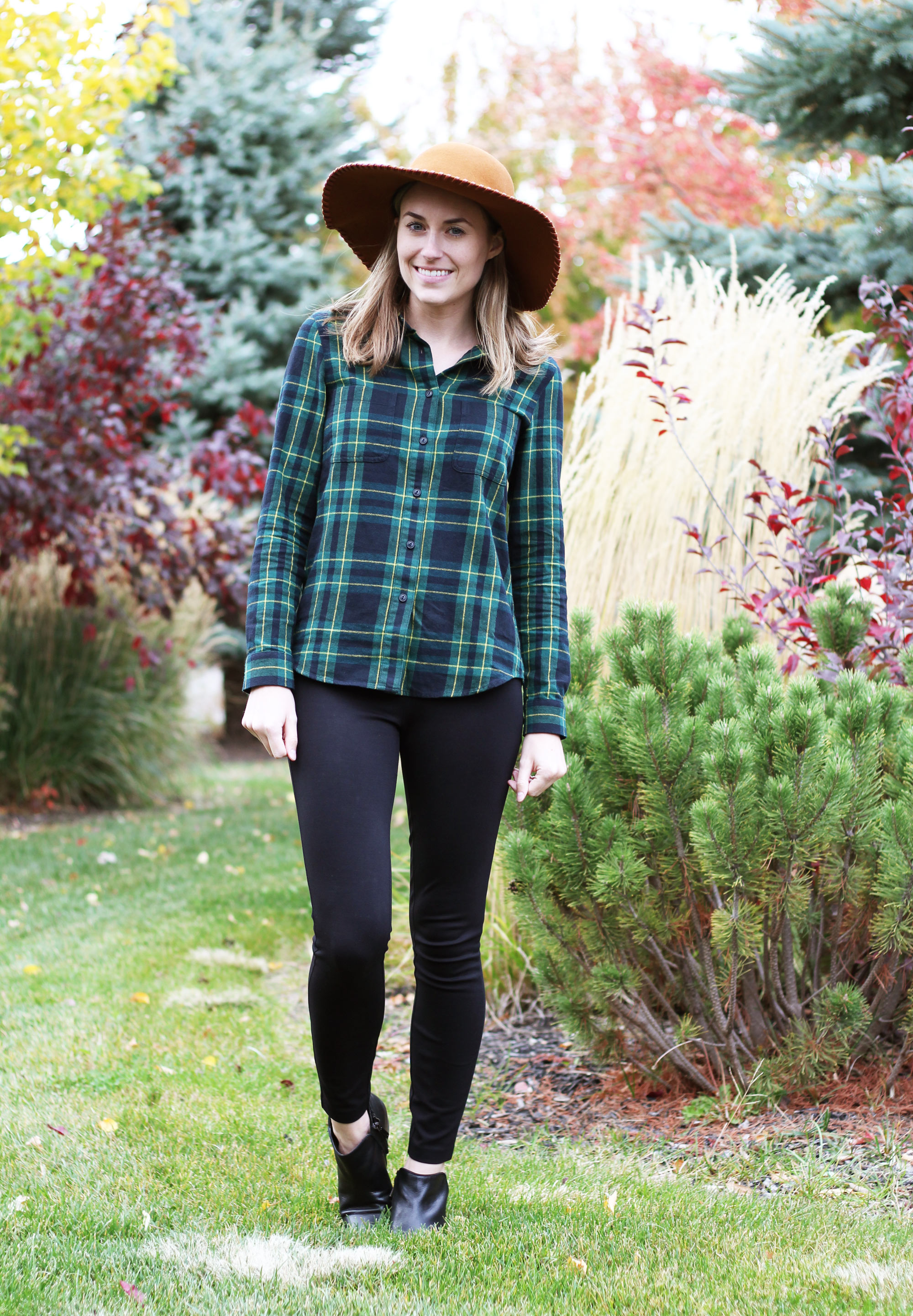 Green flannel shirt outfit with tan hat, black pants, black ankle boots — Cotton Cashmere Cat Hair