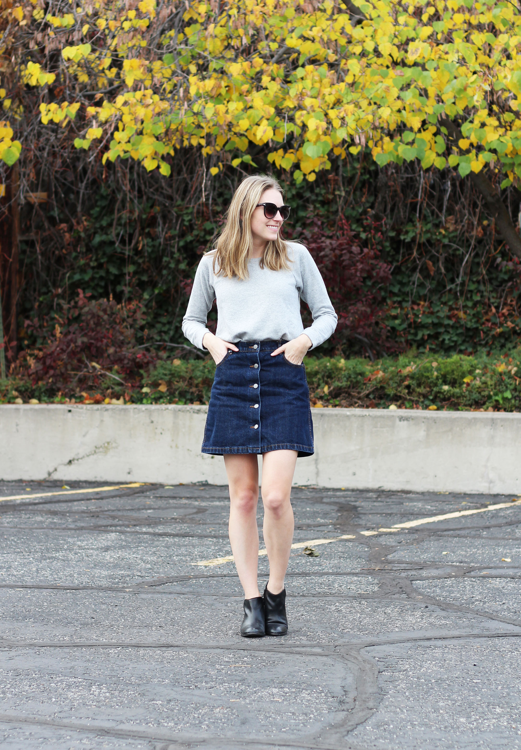 Denim skirt outfit with grey sweatshirt and black ankle boots — Cotton Cashmere Cat Hair