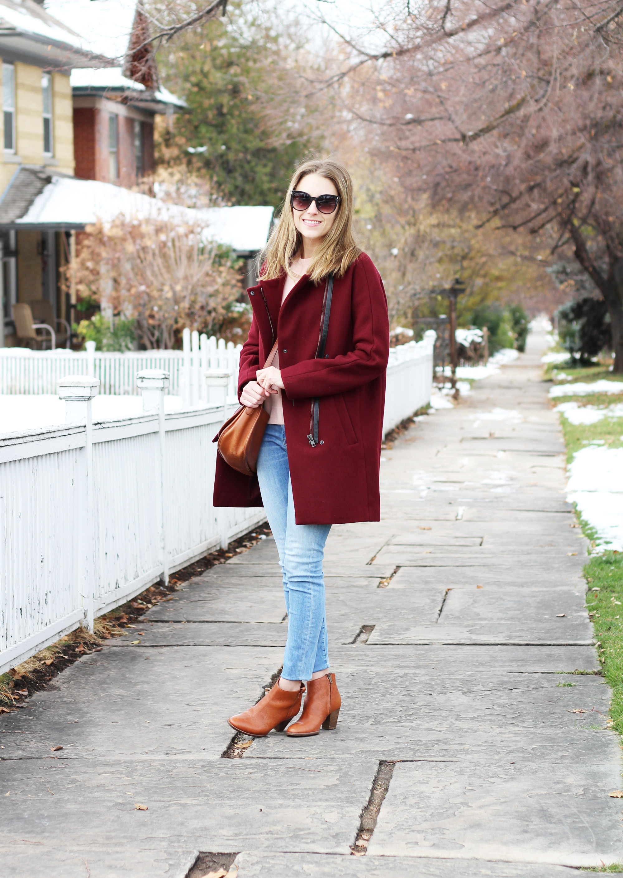 Burgundy coat outfit with cognac brown bag and ankle boots — Cotton Cashmere Cat Hair
