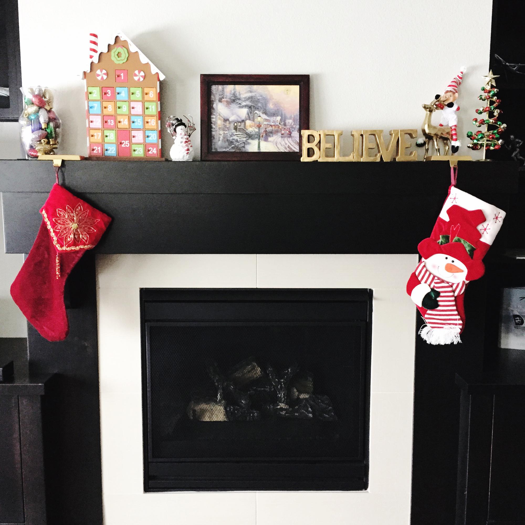 Christmas mantle — via Cotton Cashmere Cat Hair