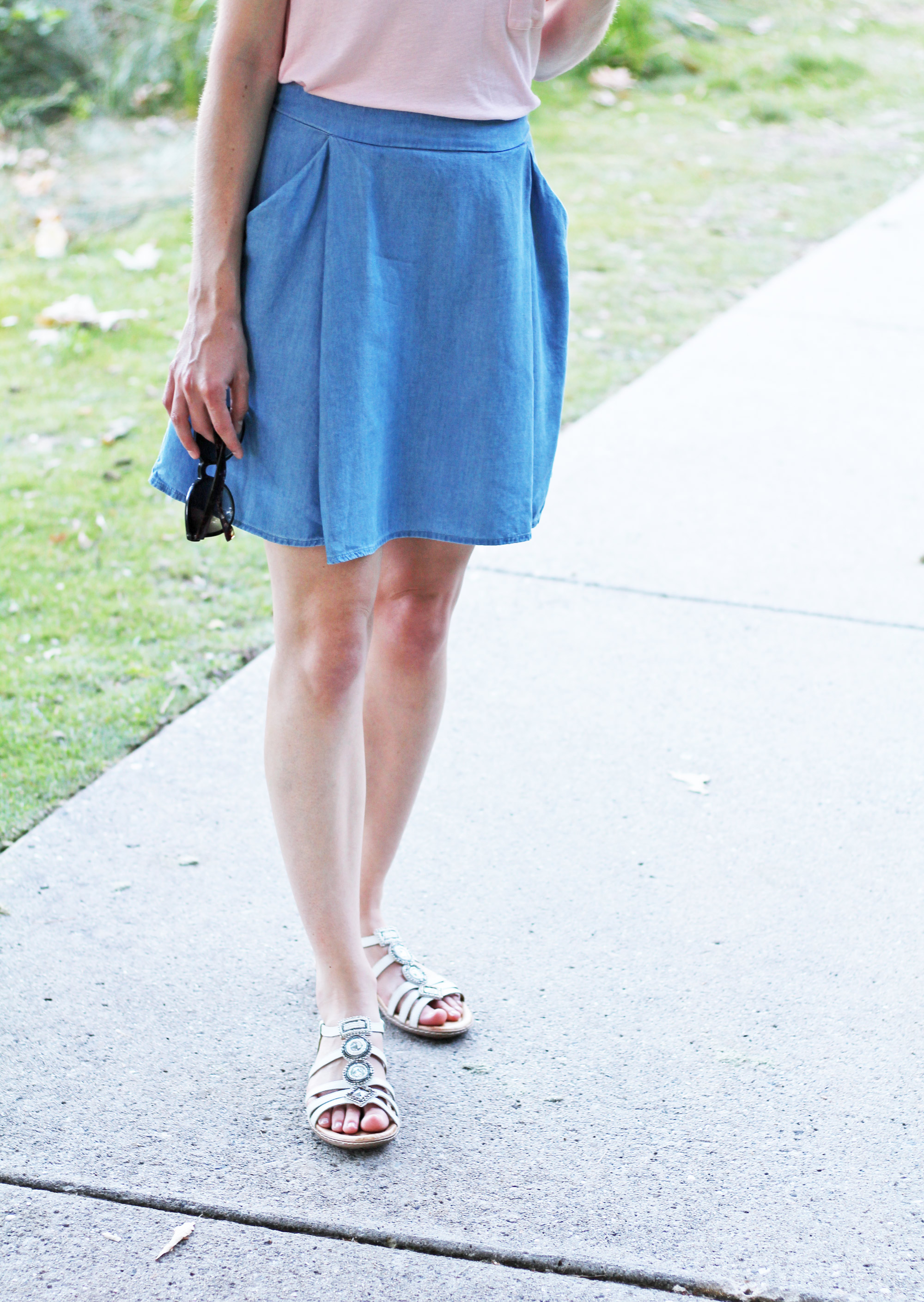 Earth 'Seaside' sandals outfit with chambray skirt — Cotton Cashmere Cat Hair