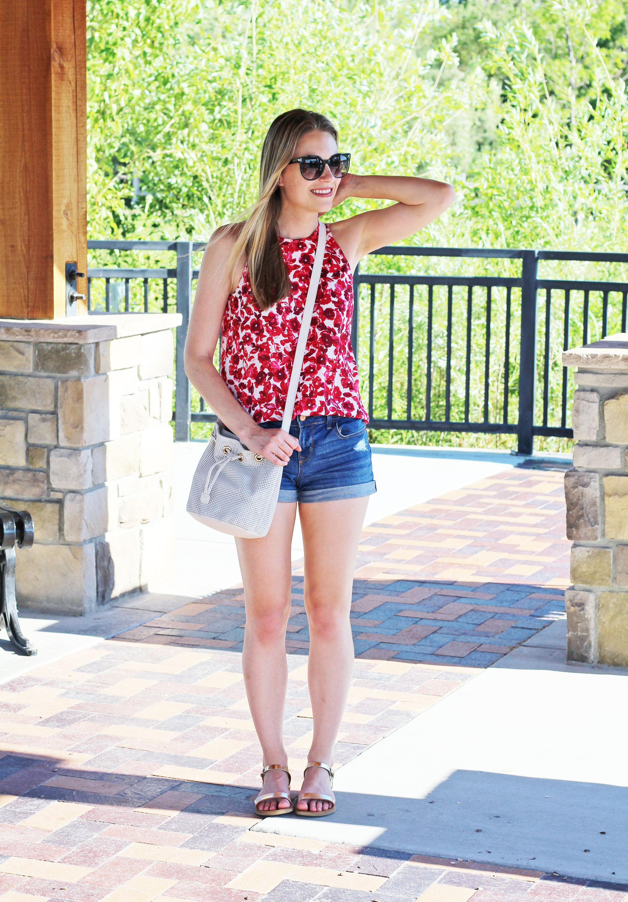 Casual summer outfit with red floral tank and denim shorts — Cotton Cashmere Cat Hair