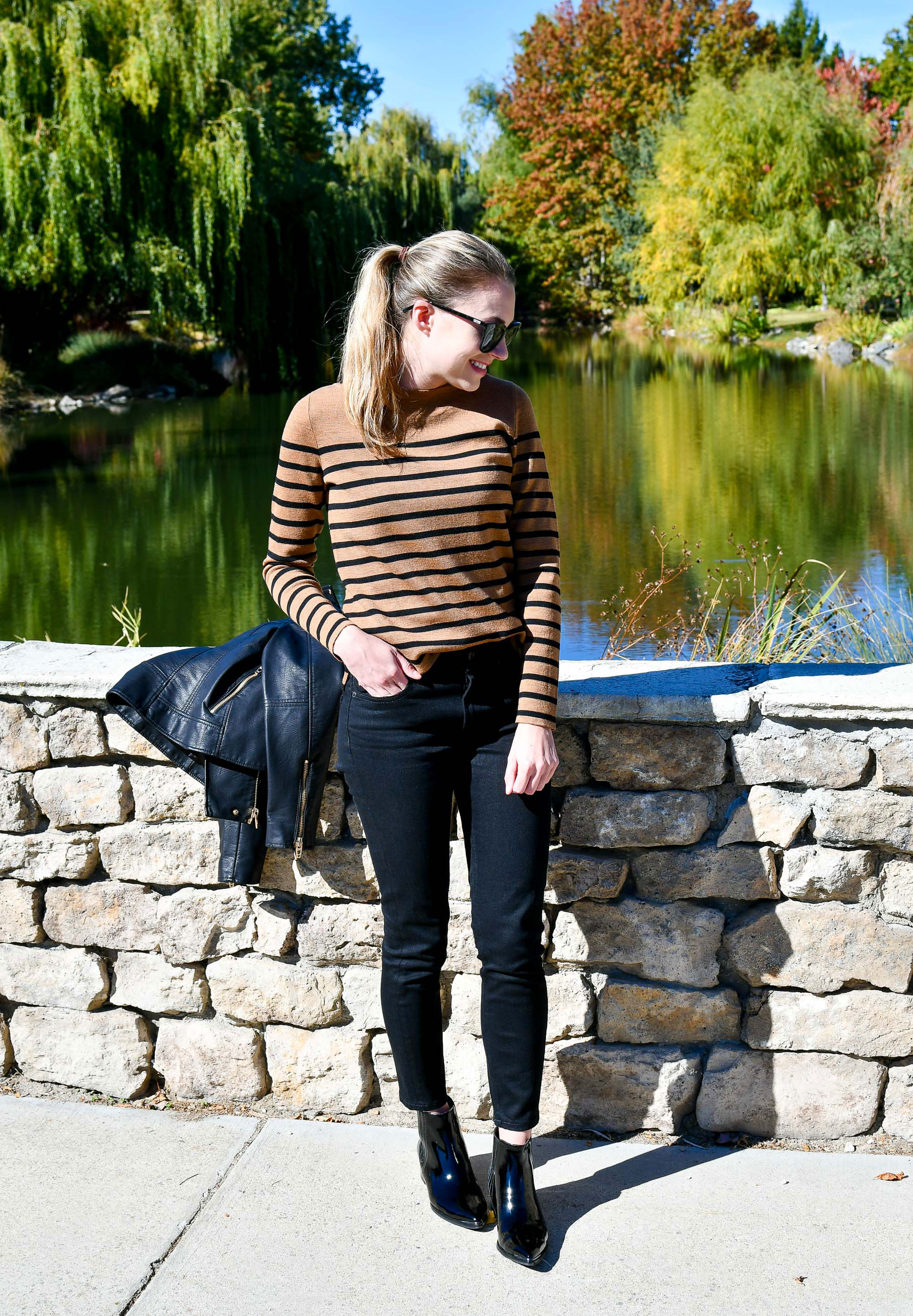 Fall outfit with black patent chelsea boots — Cotton Cashmere Cat Hair