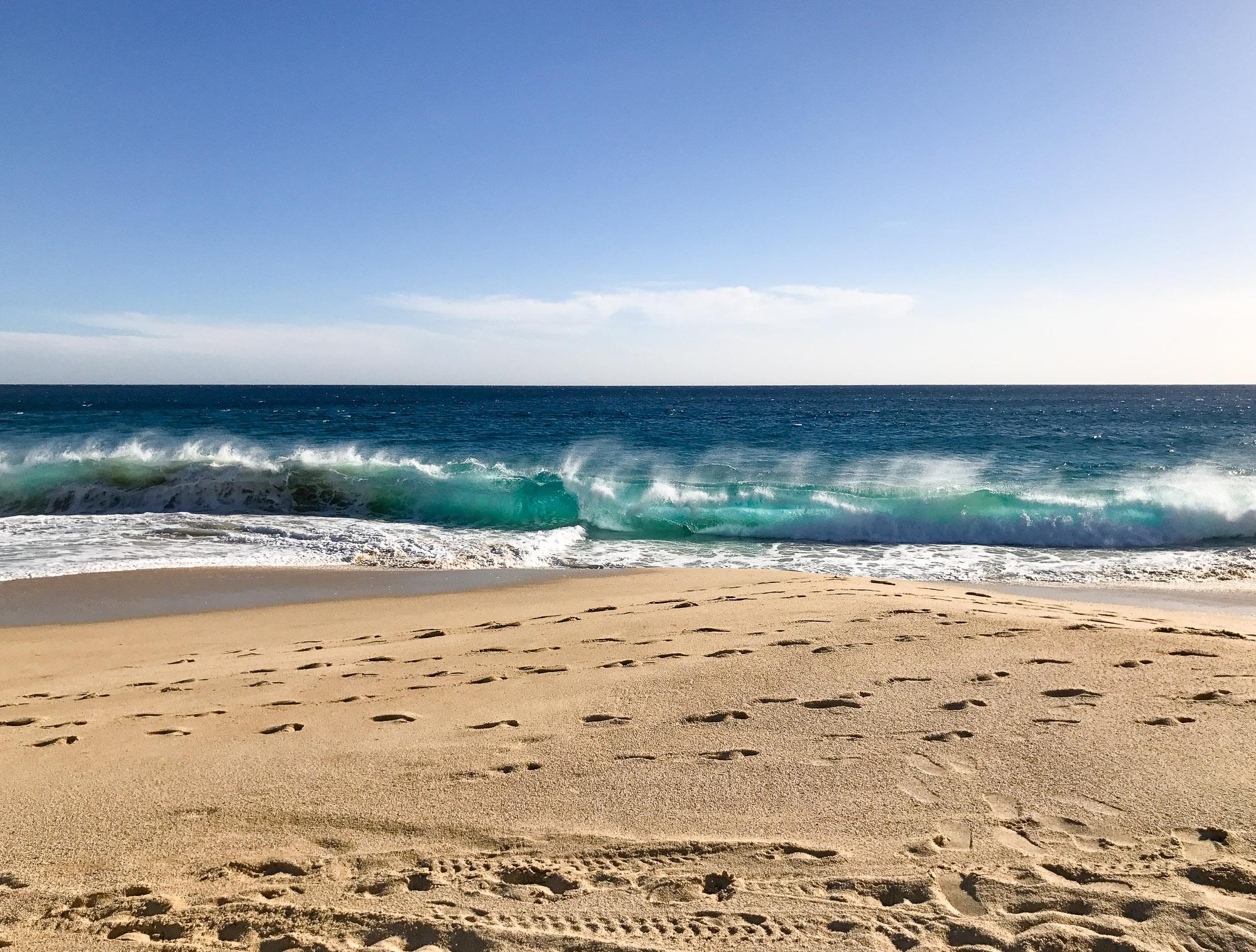 pacific-ocean-wave-cabo-mexico.jpg