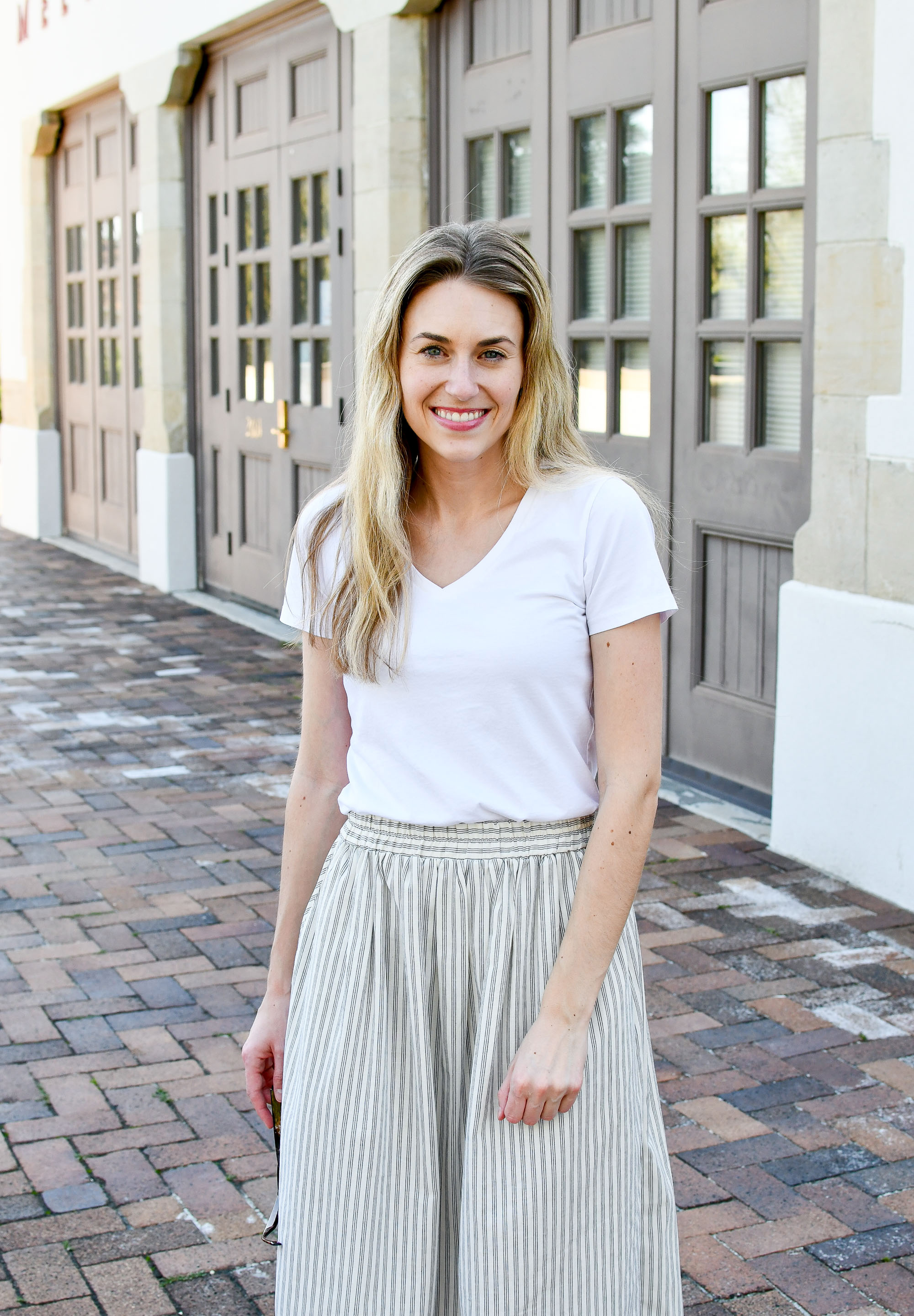 Grana v-neck tee spring outfit with midi skirt — Cotton Cashmere Cat Hair