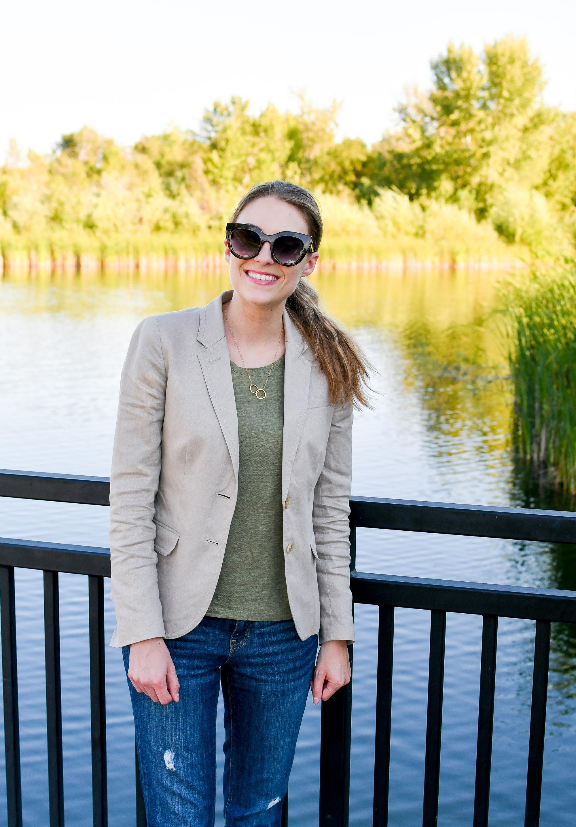 Linen blazer work outfit with green linen tee — Cotton Cashmere Cat Hair