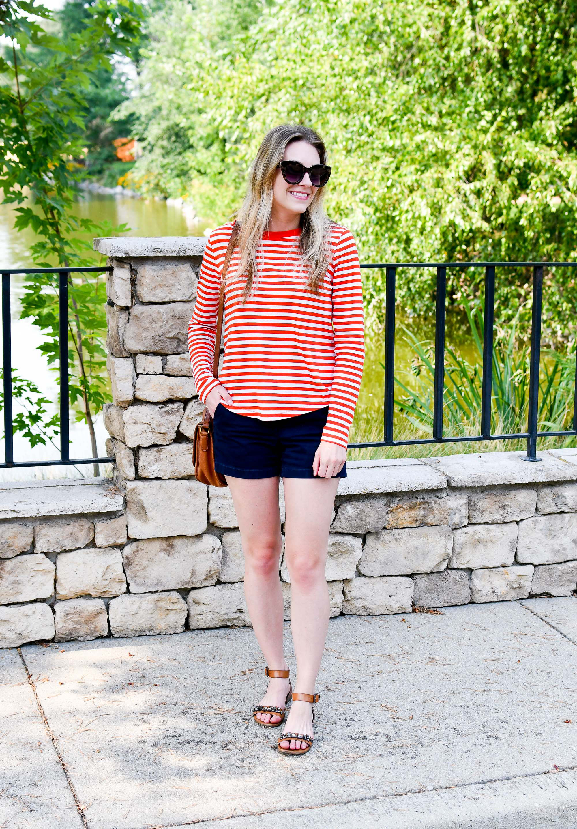 Casual summer outfit with navy shorts and striped tee — Cotton Cashmere Cat Hair