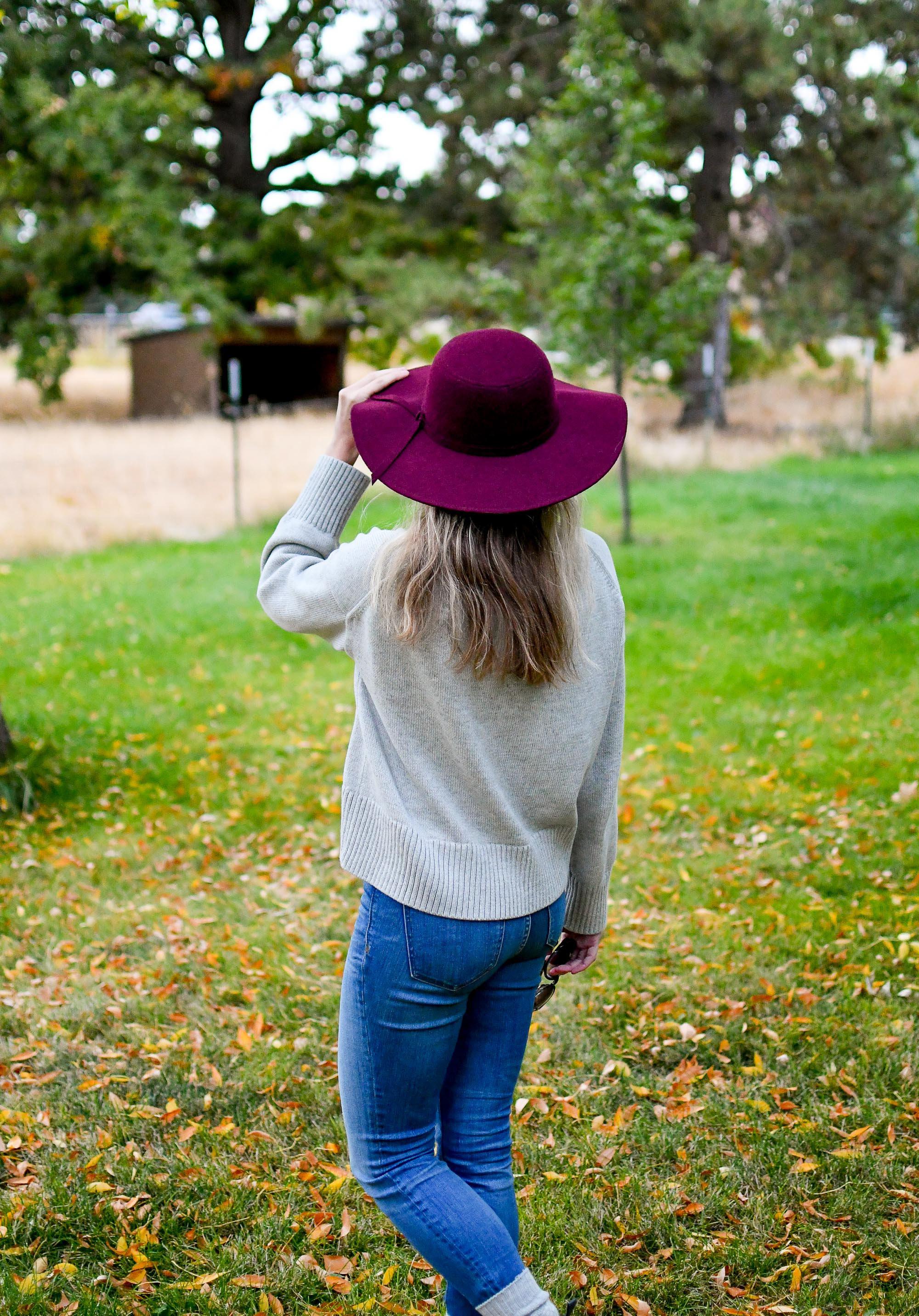 Burgundy floppy hat + grey cotton sweater — Cotton Cashmere Cat Hair