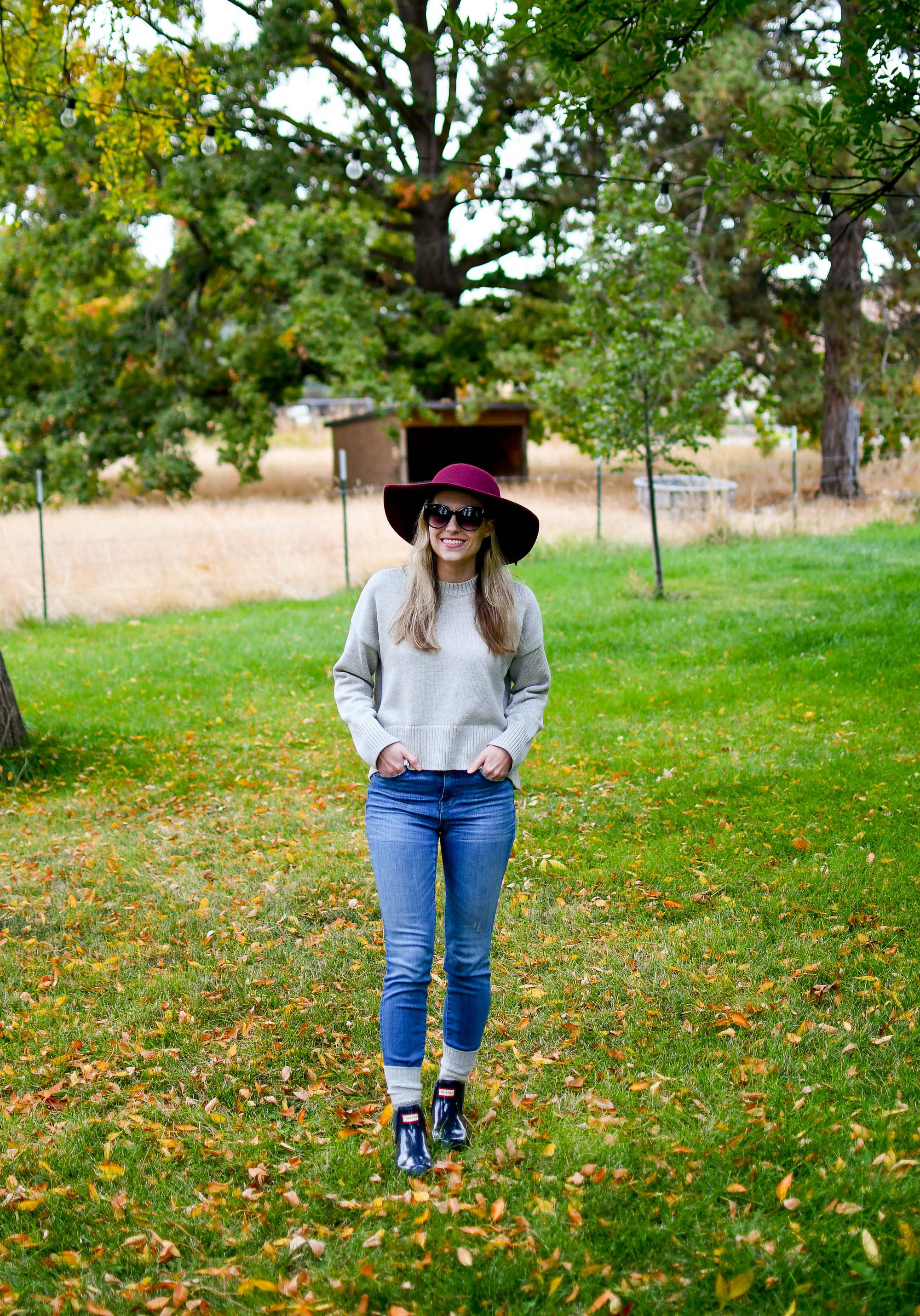 Fall outfit with navy Hunter glossy chelsea boots — Cotton Cashmere Cat Hair