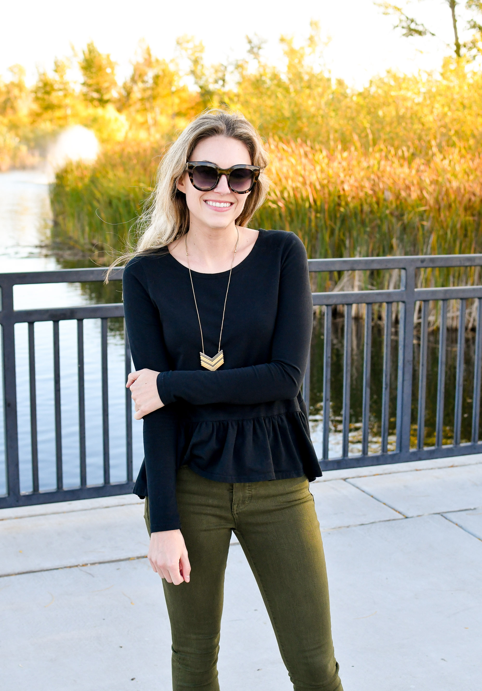 Fall outfit with Madewell arrowstack necklace — Cotton Cashmere Cat Hair