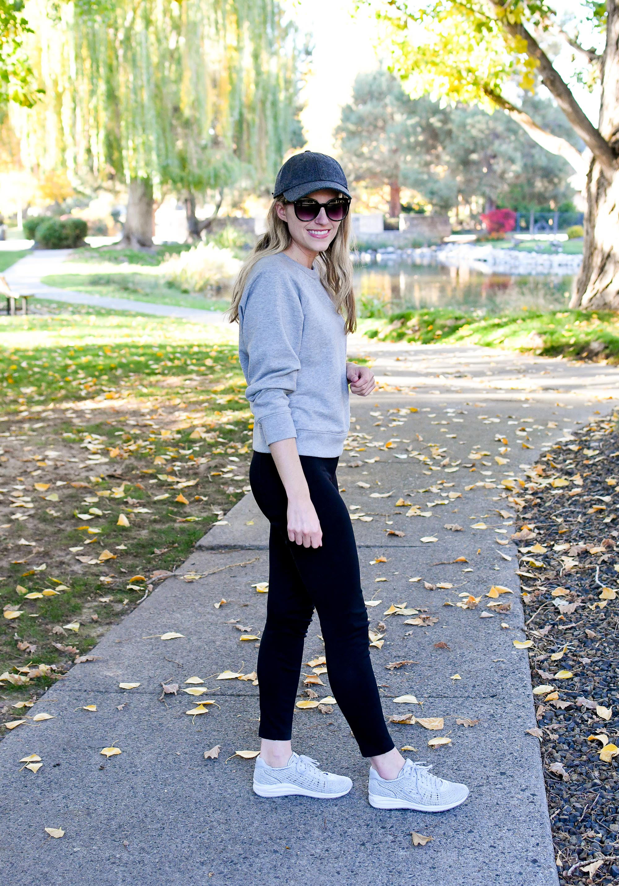 Casual weekend outfit with Earth Vital sneakers — Cotton Cashmere Cat Hair