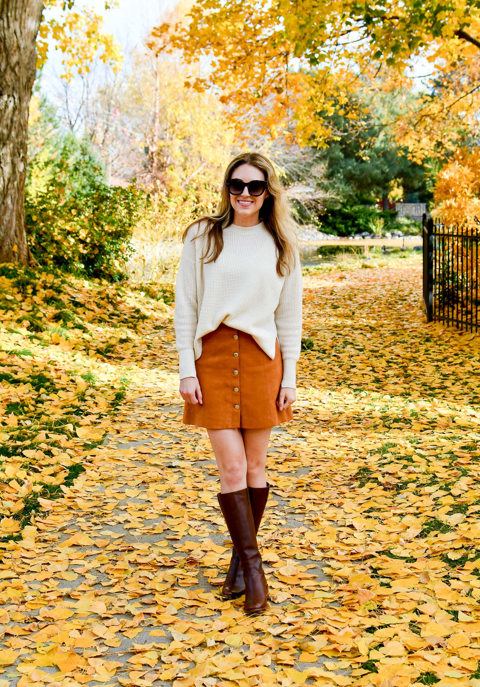 Fall outfit with ivory cashmere sweater — Cotton Cashmere Cat Hair