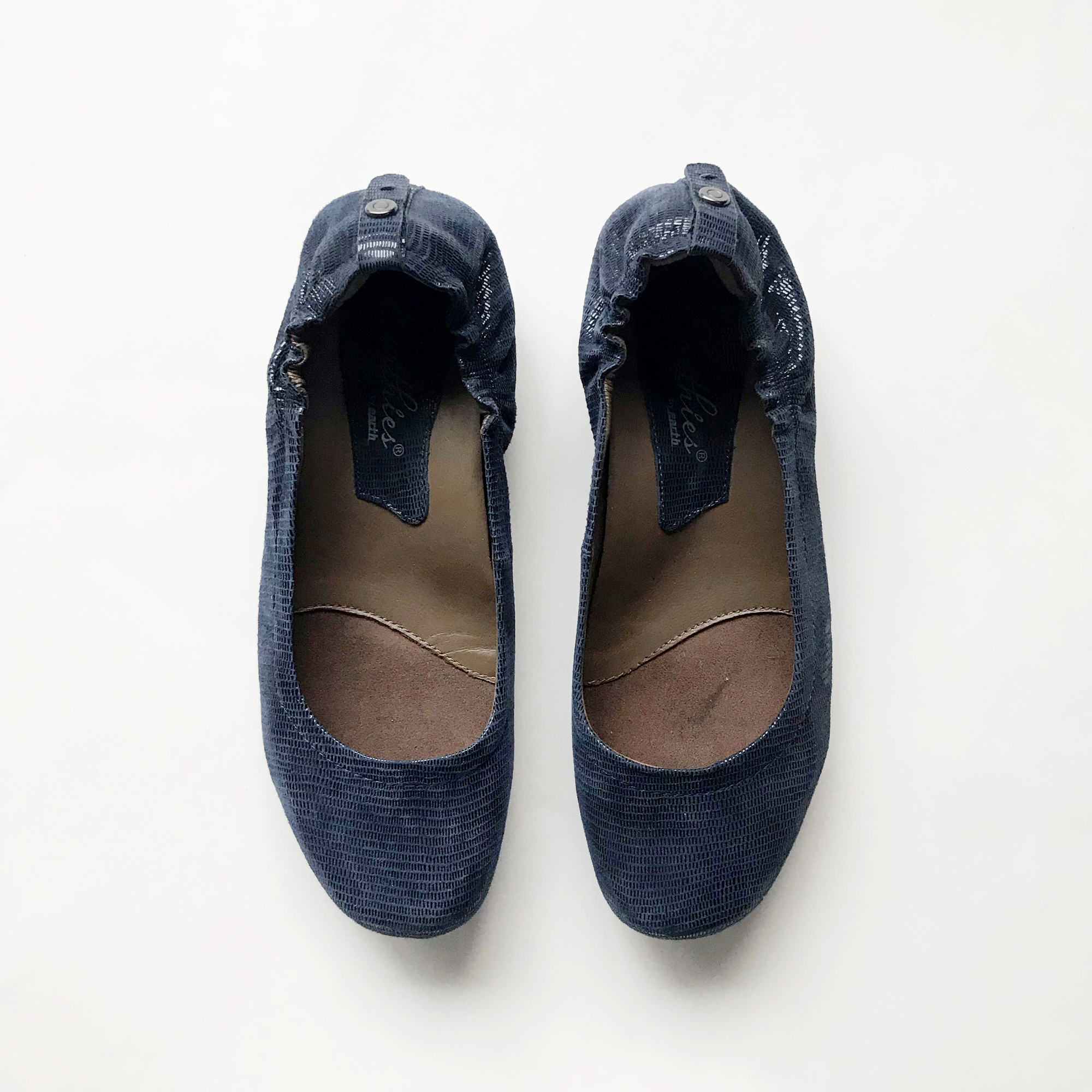 Earthies Tolo flats in navy — Cotton Cashmere Cat Hair