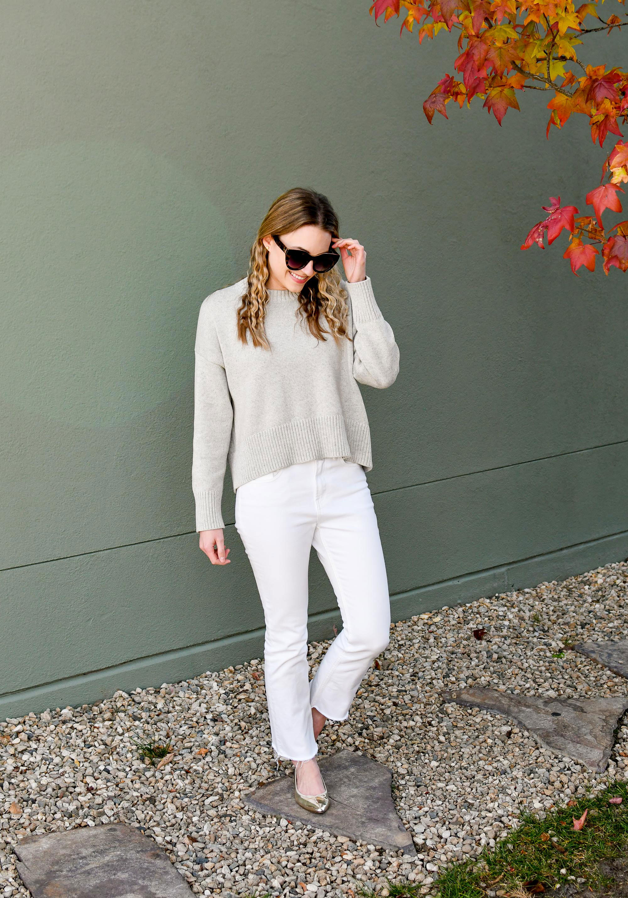 Everlane kick crop jeans fall outfit with grey sweater — Cotton Cashmere Cat Hair