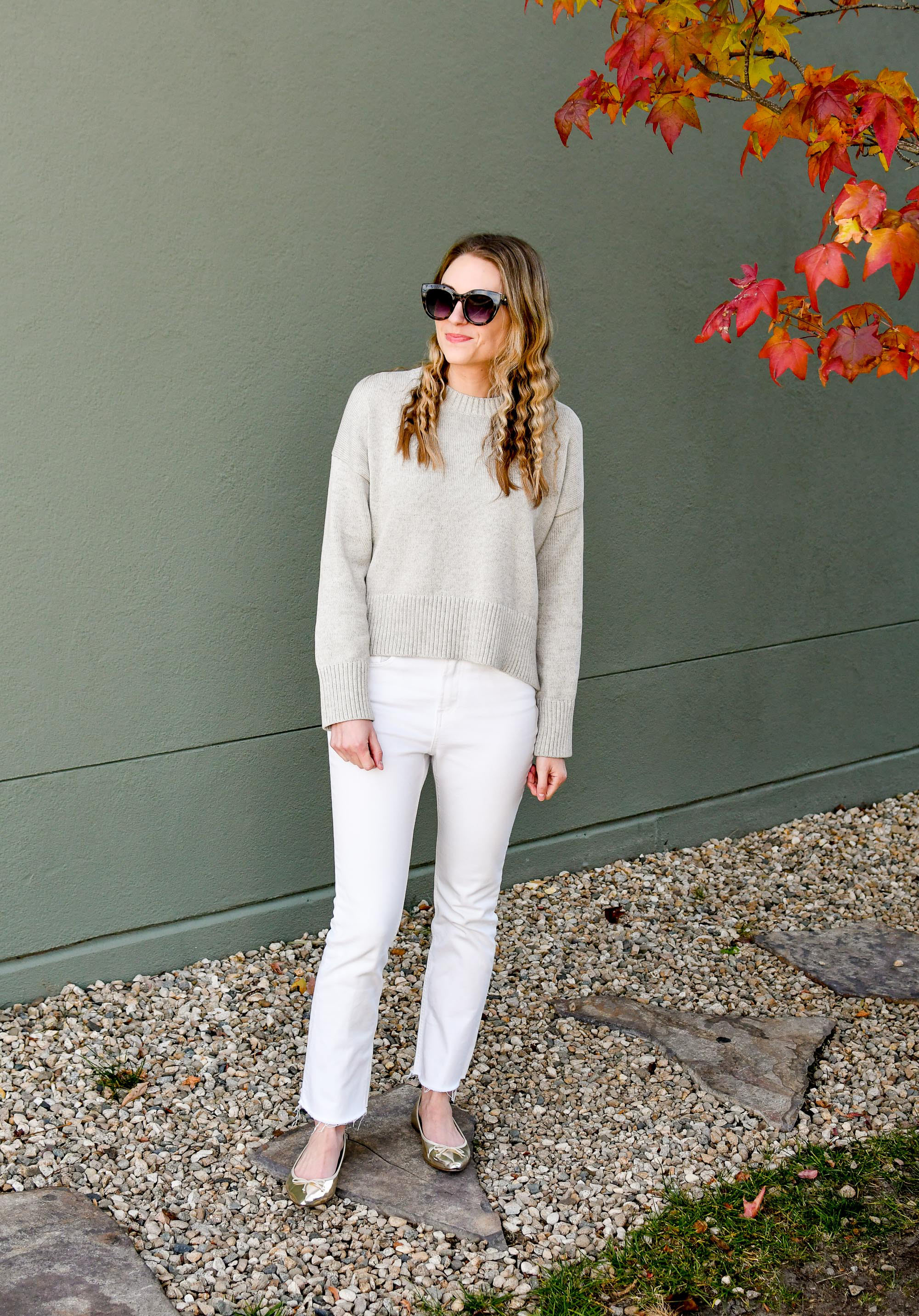 Casual holiday outfit with gold flats and grey sweater — Cotton Cashmere Cat Hair