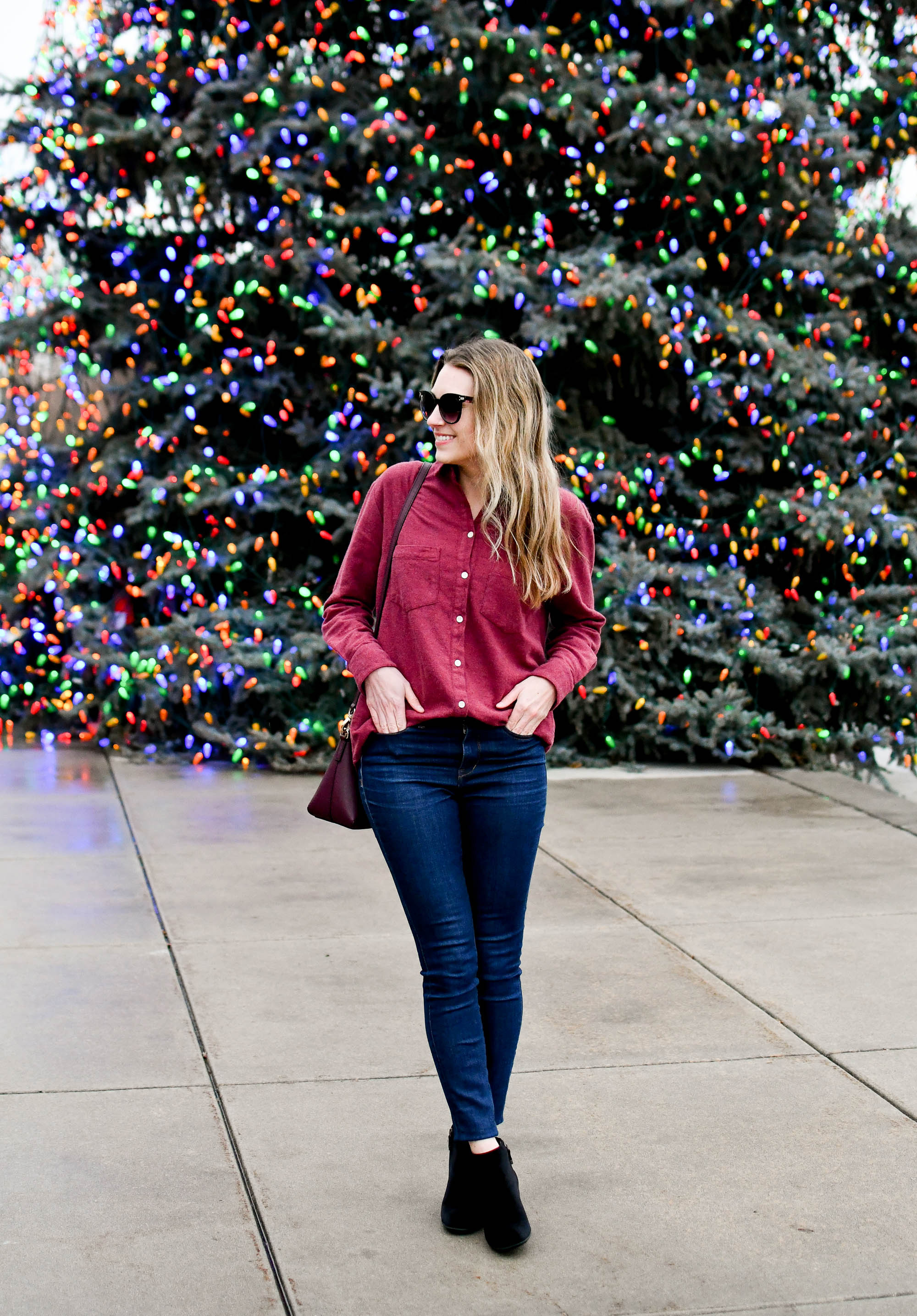 Winter outfit with flannel shirt, skinny jeans, black velvet ankle boots — Cotton Cashmere Cat Hair