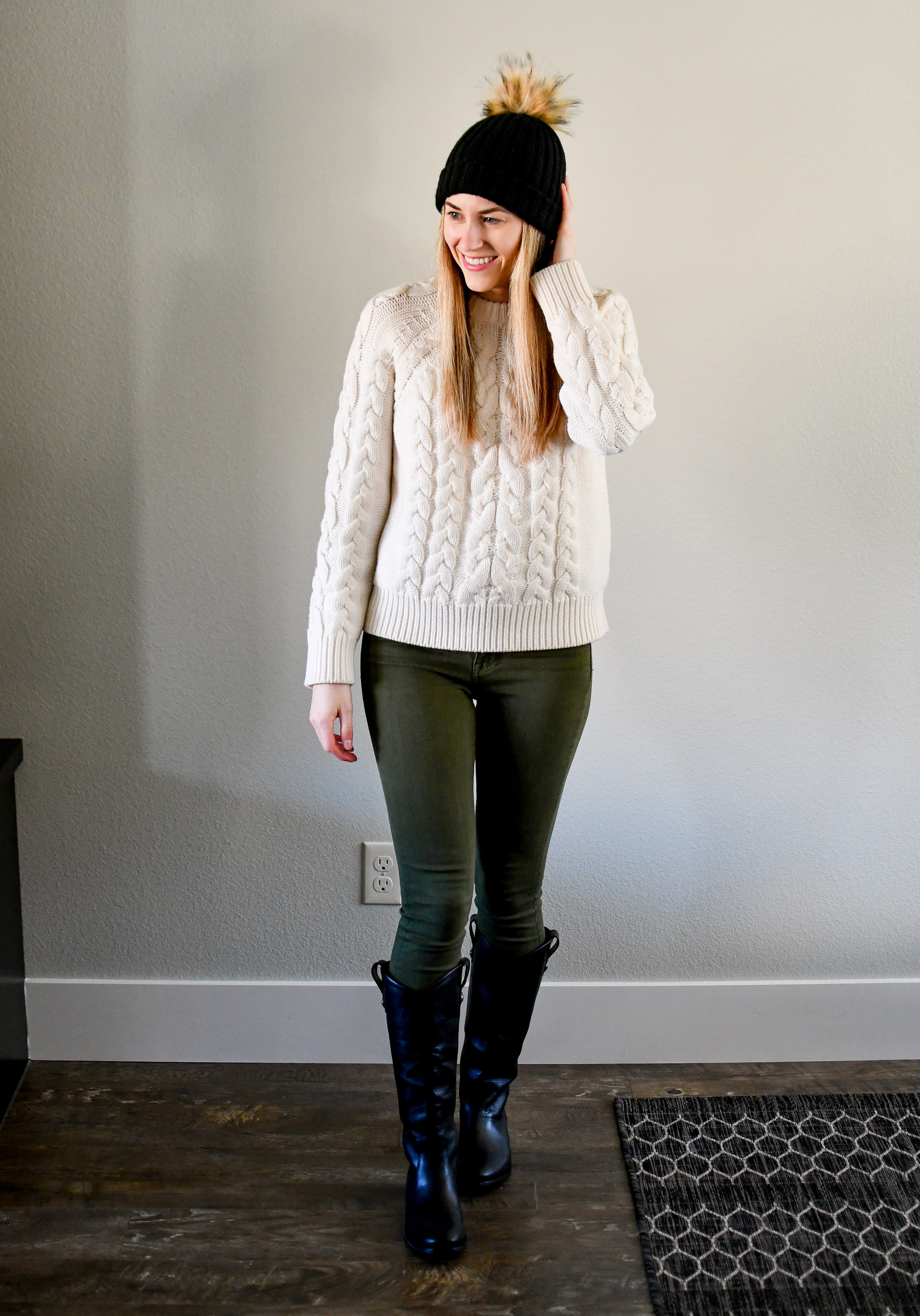 Casual and cozy winter outfit with black beanie and cable knit sweater — Cotton Cashmere Cat Hair