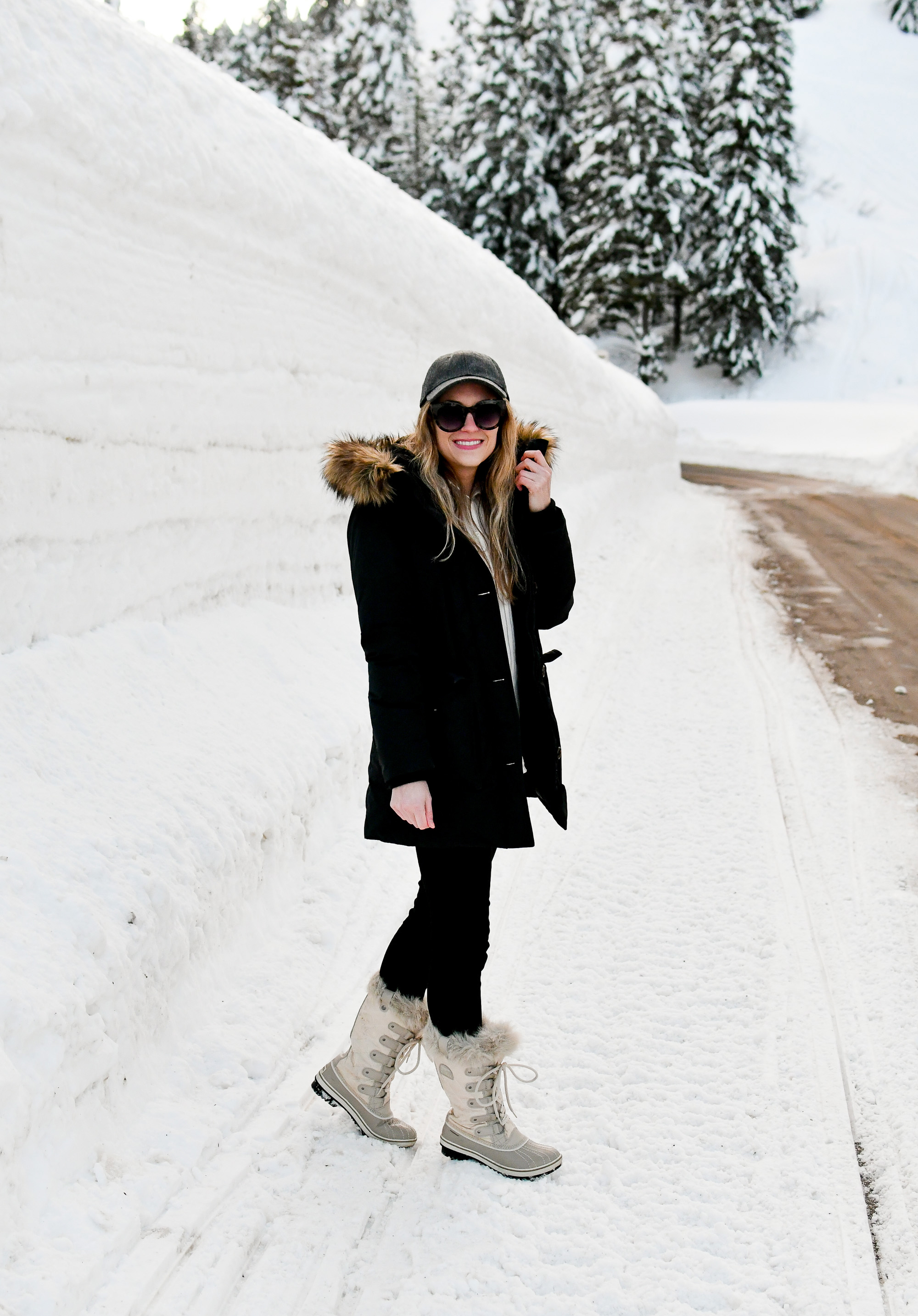 Sorel Tofino boots casual winter outfit — Cotton Cashmere Cat Hair
