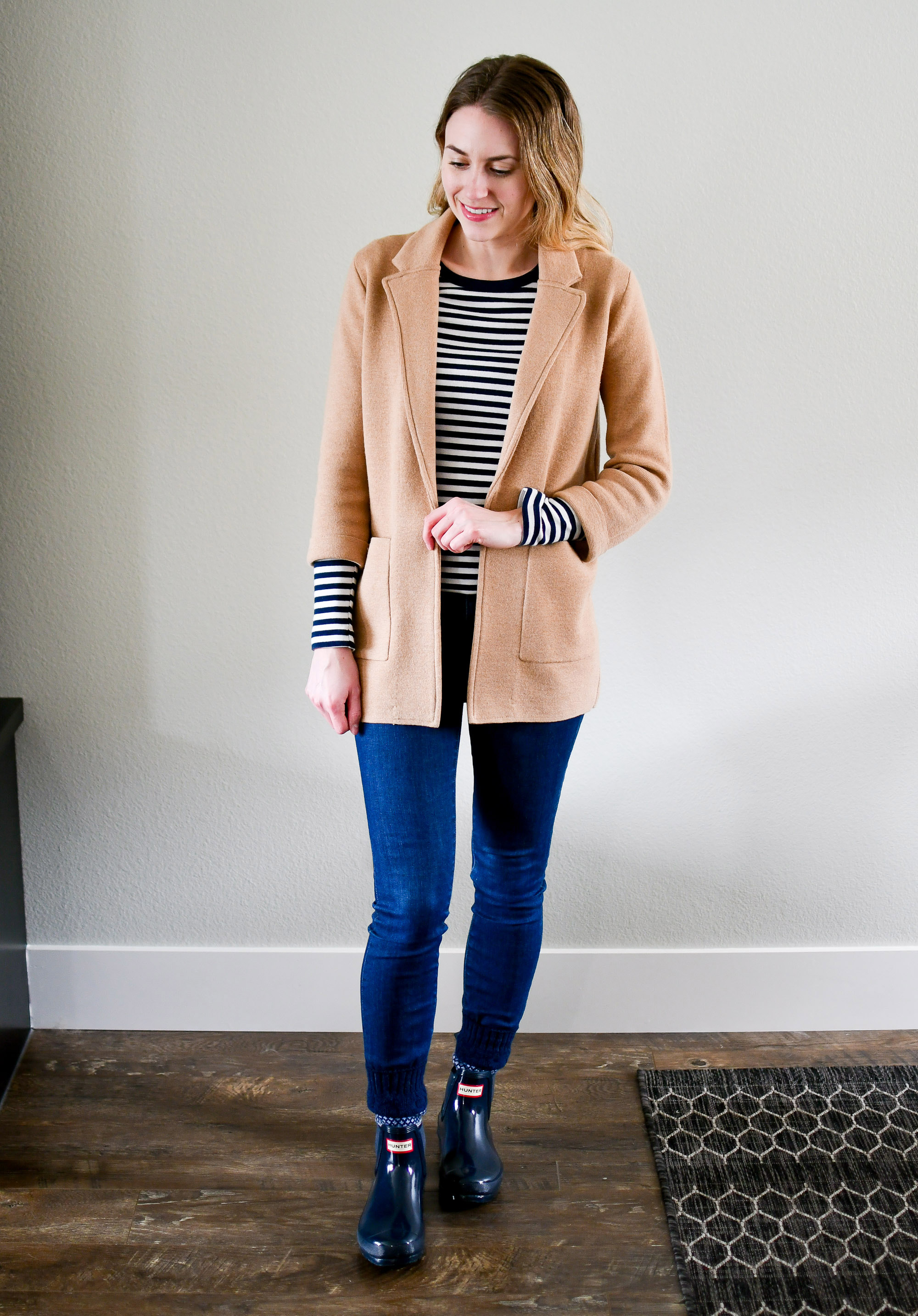 Rainy day outfit with camel sweater blazer and navy striped tee — Cotton Cashmere Cat Hair