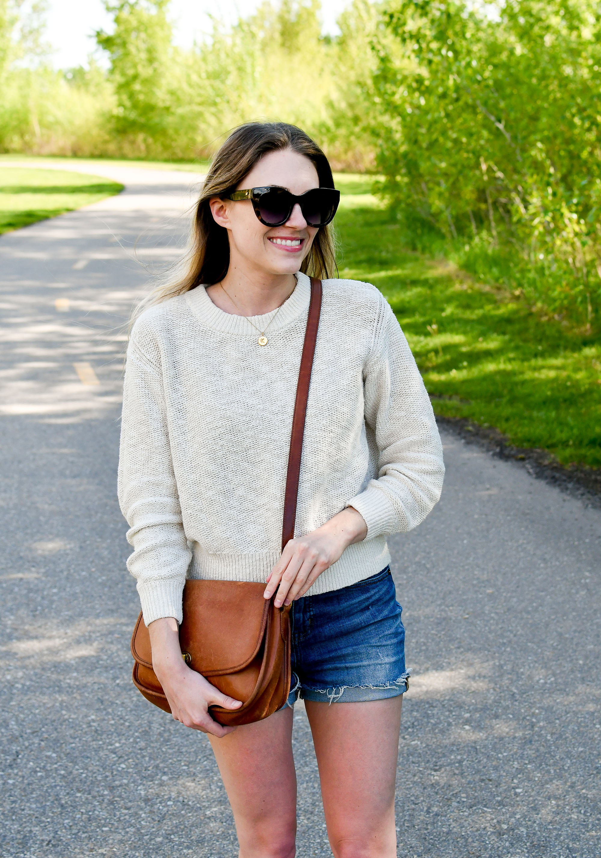 Cotton-linen sweater spring outfit with shorts — Cotton Cashmere Cat Hair
