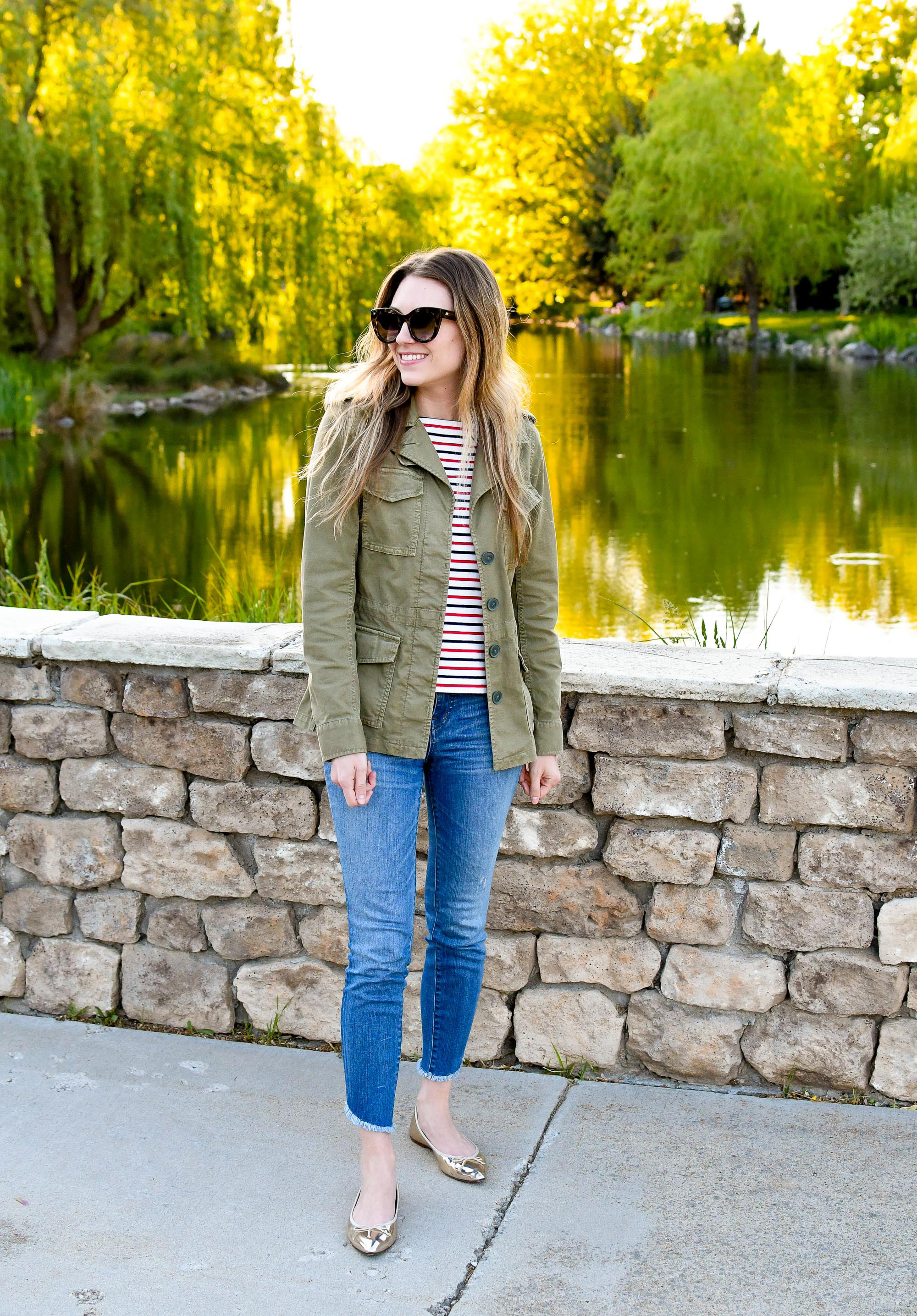 Light spring jacket outfit with striped tee, skinny jeans, gold flats — Cotton Cashmere Cat Hair