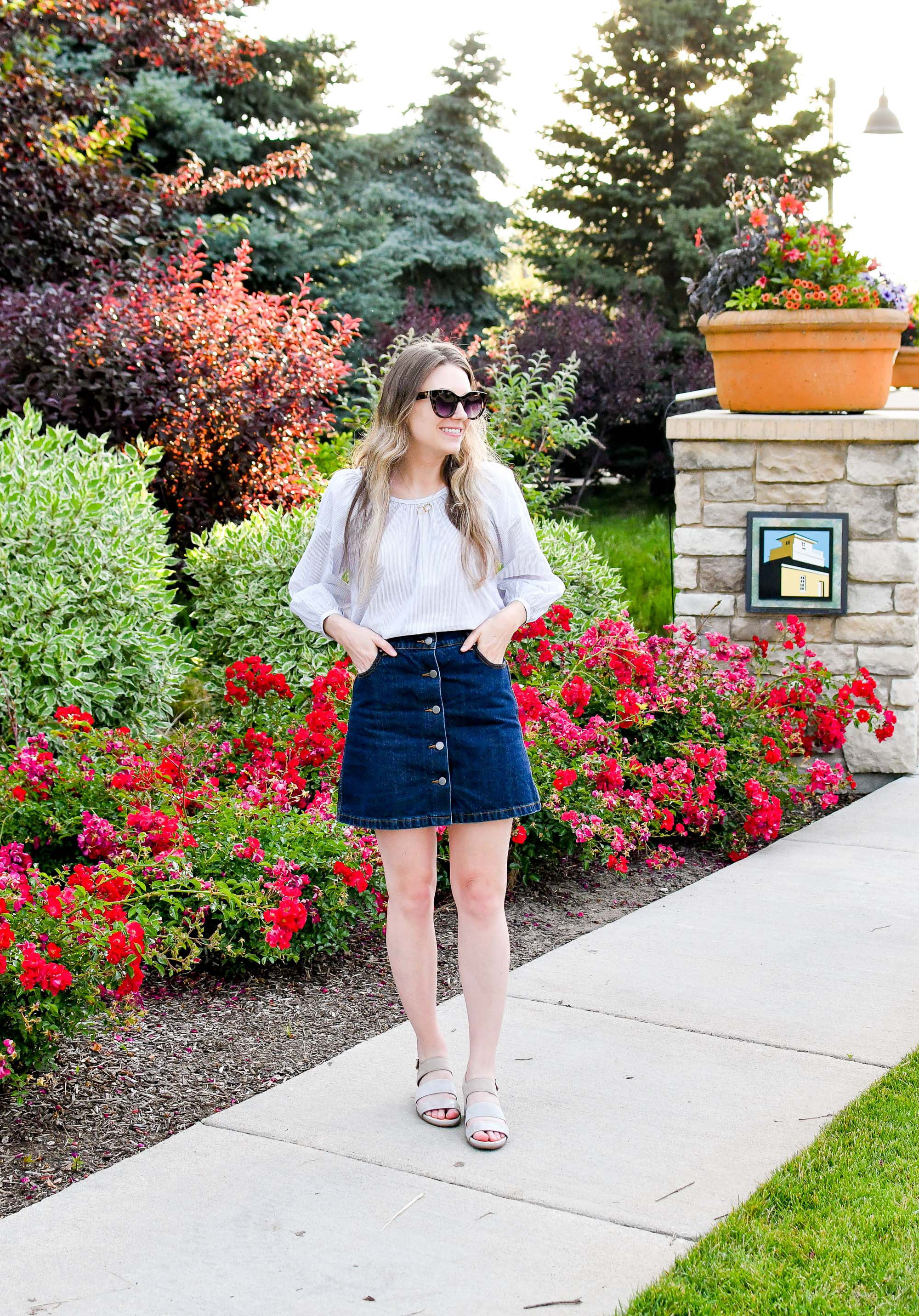 Summer outfit with Everlane air ruched blouse and denim skirt — Cotton Cashmere Cat Hair