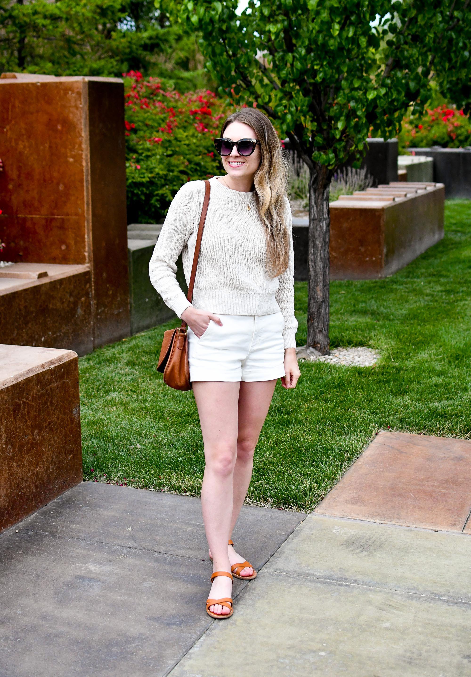 Light monochrome casual summer outfit — Cotton Cashmere Cat Hair