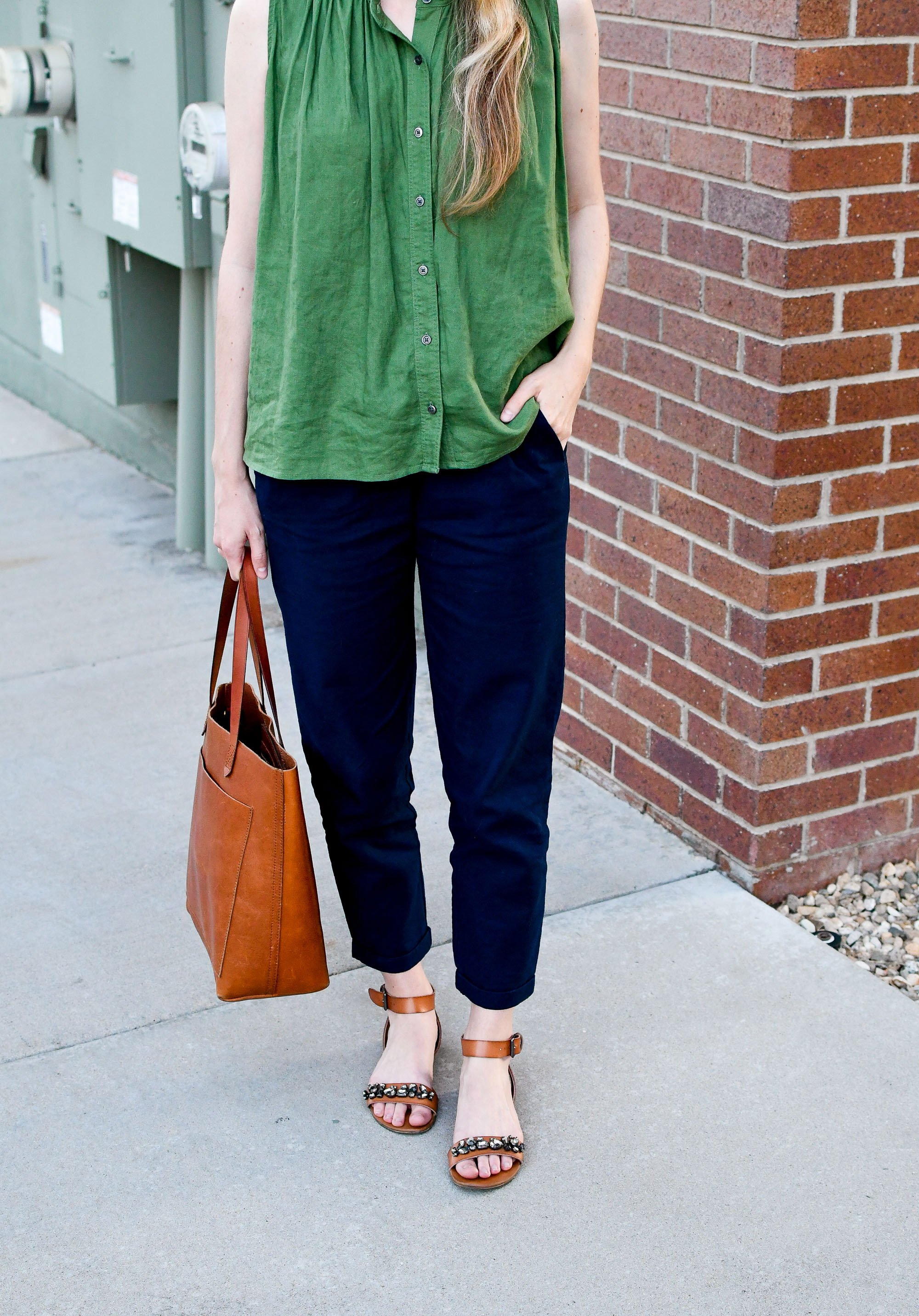 Summer workwear outfit with green linen top and navy linen pants — Cotton Cashmere Cat Hair