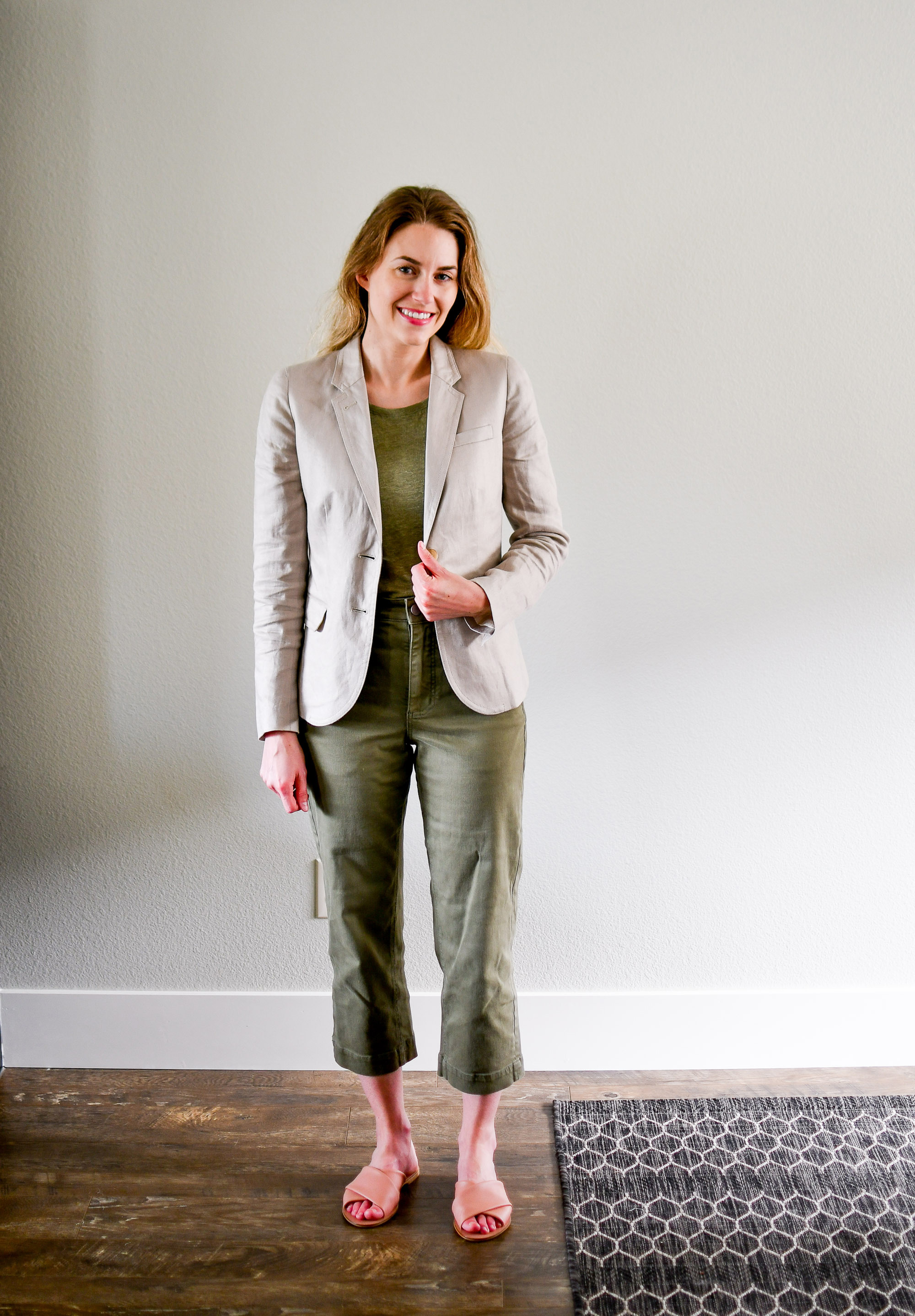 Monochrome green summer work outfit with linen blazer and pink sandals — Cotton Cashmere Cat Hair