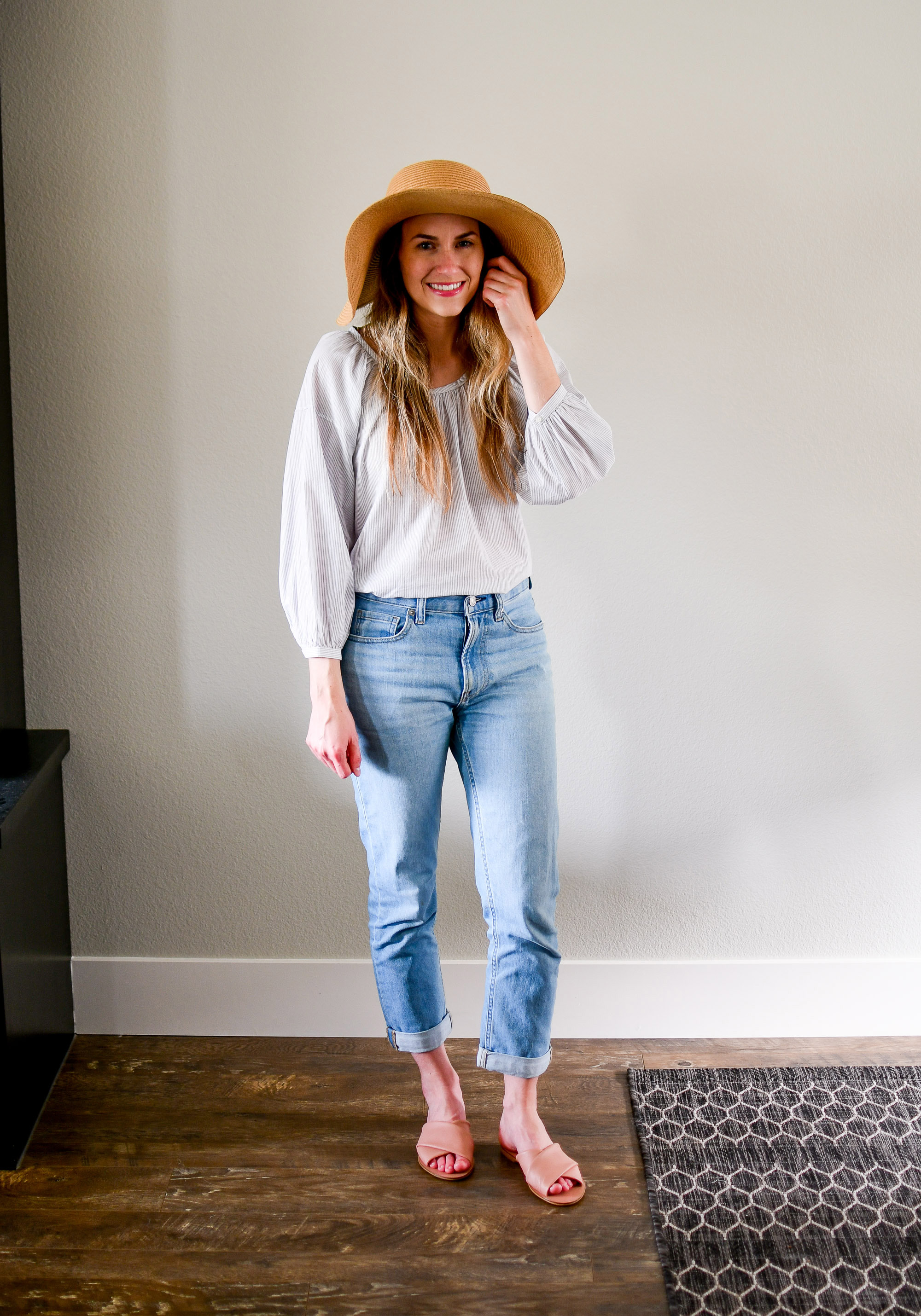 Casual Everlane outfit with air ruched blouse, modern boyfriend jeans, day crossover sandal — Cotton Cashmere Cat Hair
