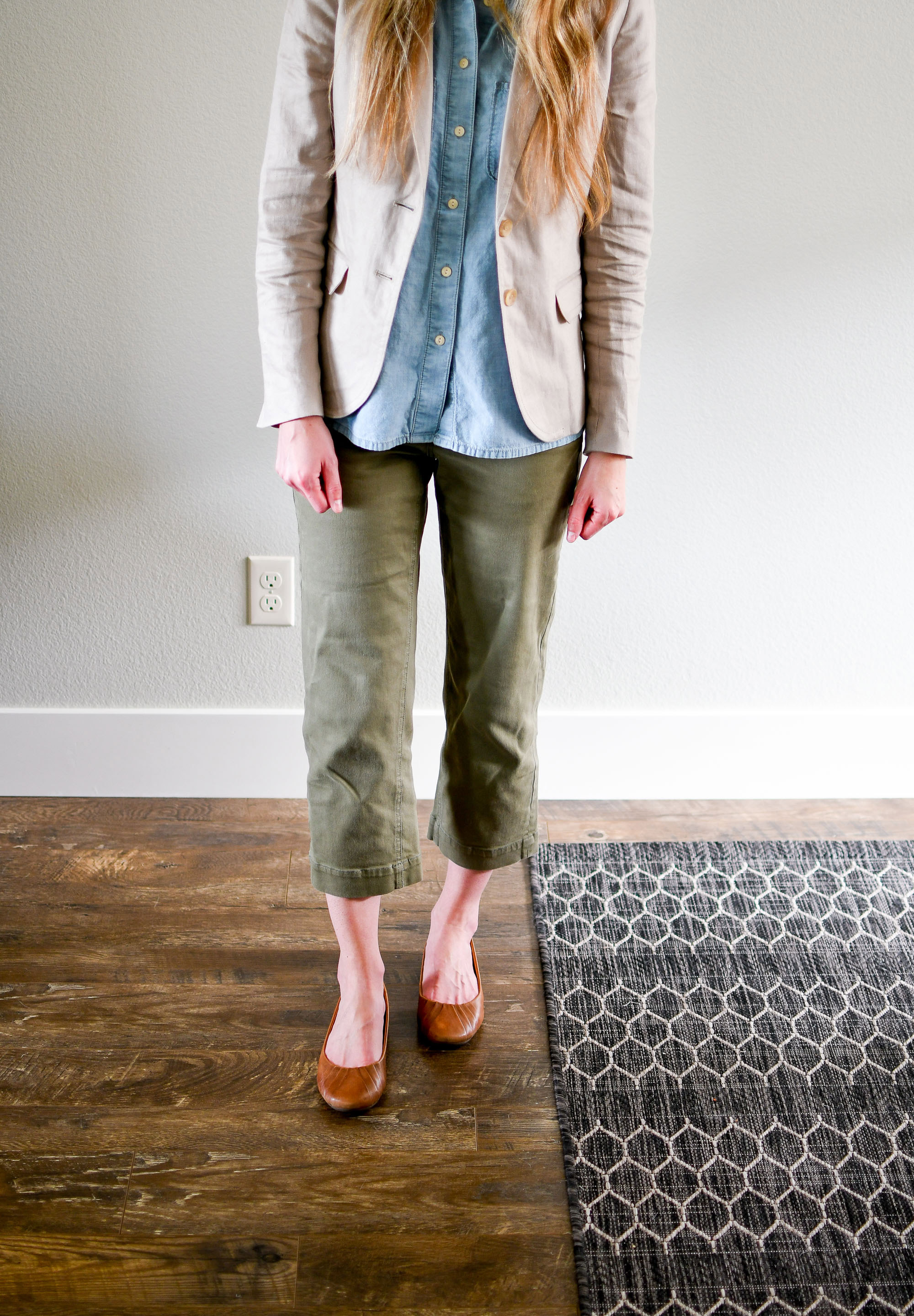 Straight leg crop pants outfit with chambray shirt — Cotton Cashmere Cat Hair