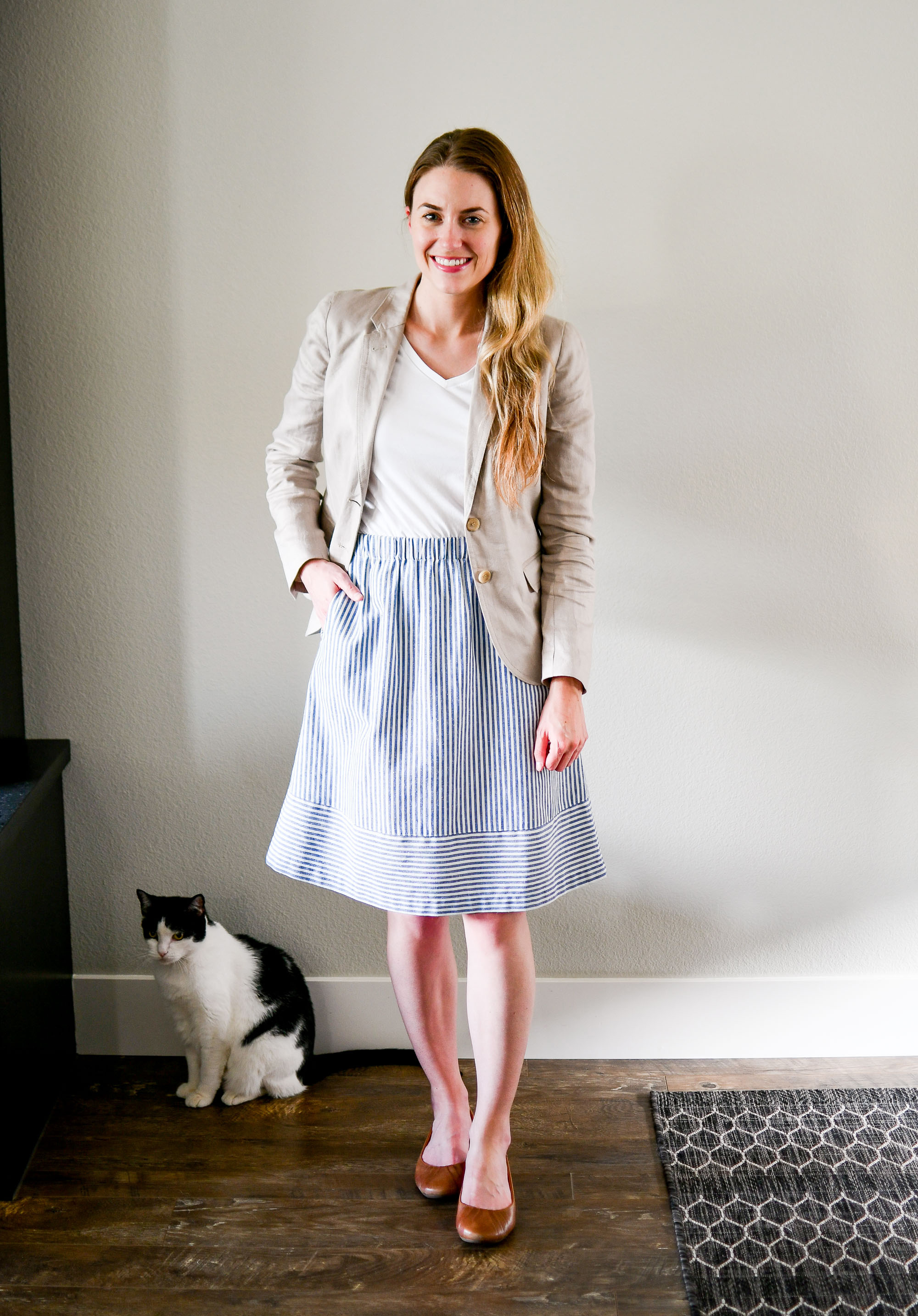 Striped midi skirt summer work outfit with linen blazer — Cotton Cashmere Cat Hair