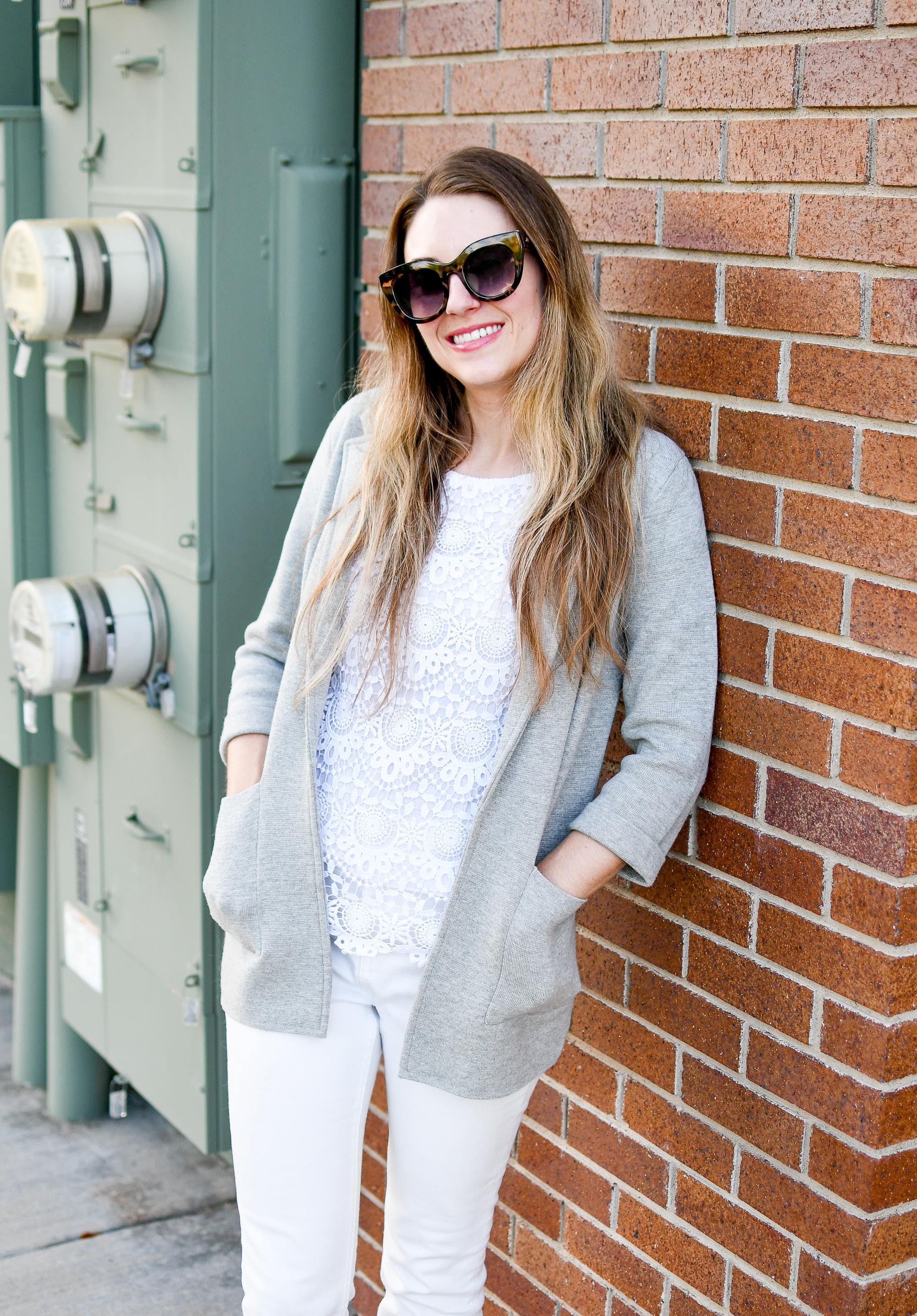 Grey sweater blazer outfit with monochrome white for work — Cotton Cashmere Cat Hair