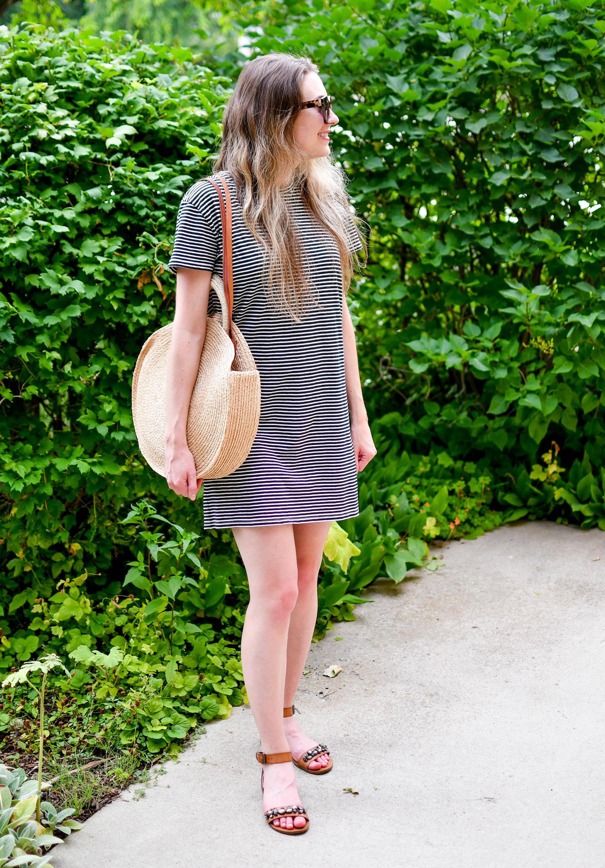 Summer weekend outfit with straw circle tote bag and striped t-shirt dress — Cotton Cashmere Cat Hair