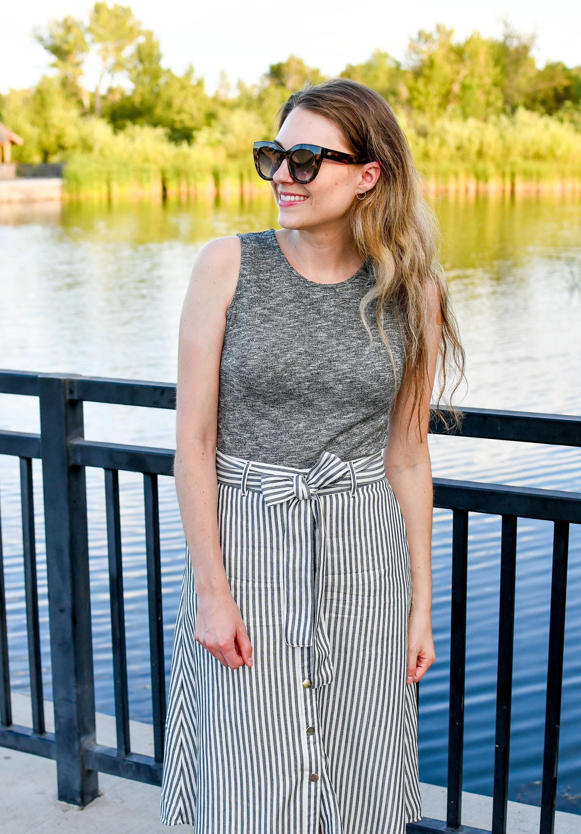 LOFT striped midi skirt summer outfit — Cotton Cashmere Cat Hair
