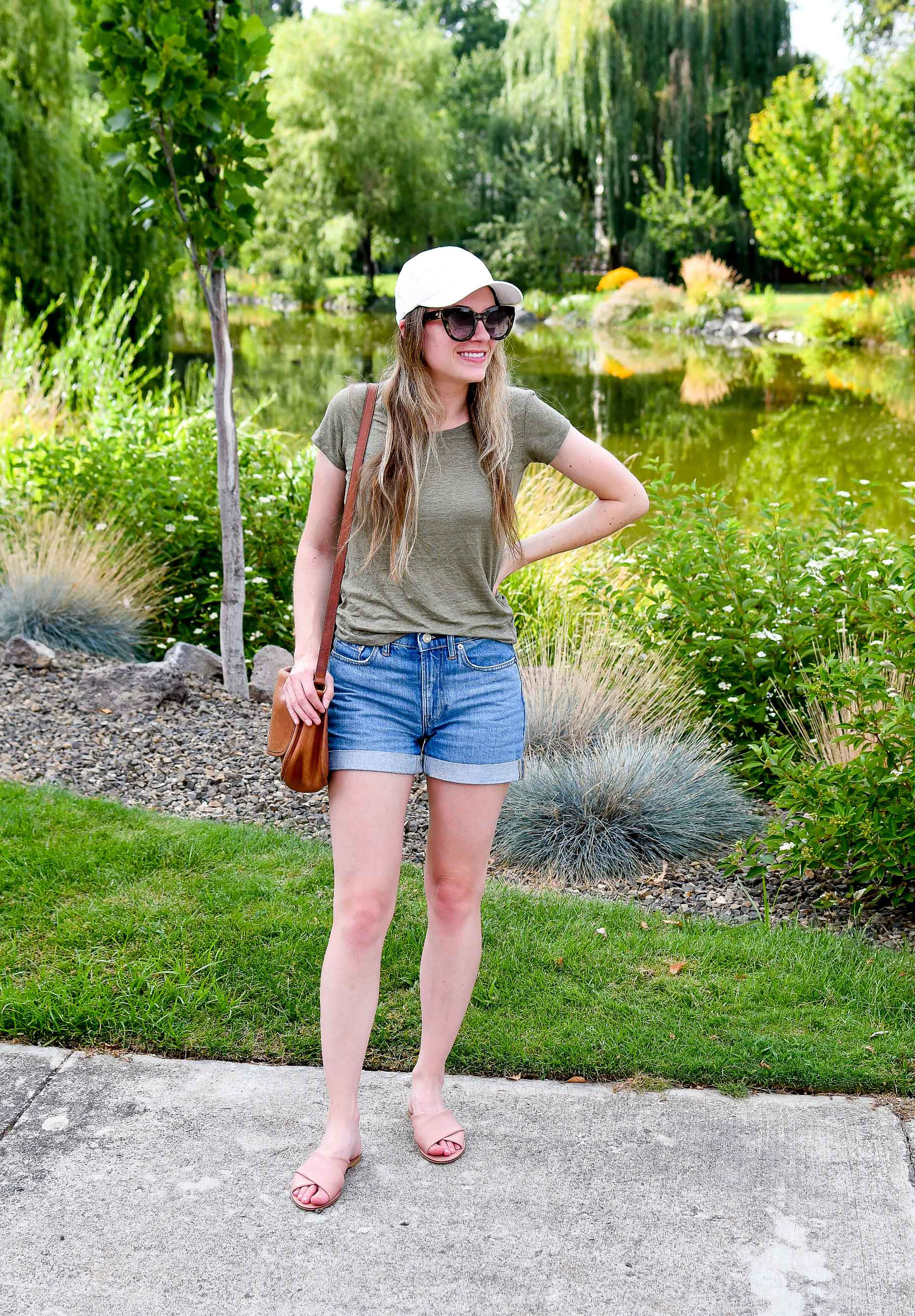 Everlane head to toe casual summer outfit — Cotton Cashmere Cat Hair