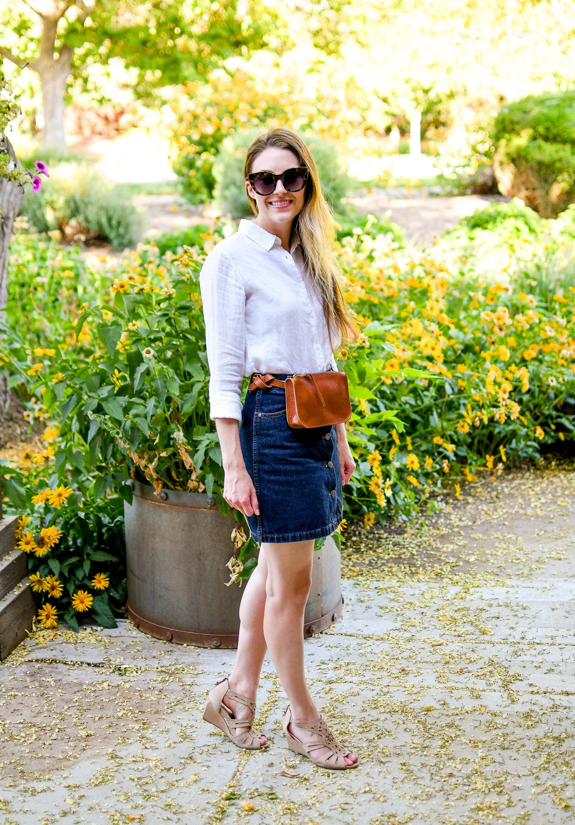 Casual summer outfit with white linen shirt, denim skirt, belt bag — Cotton Cashmere Cat Hair