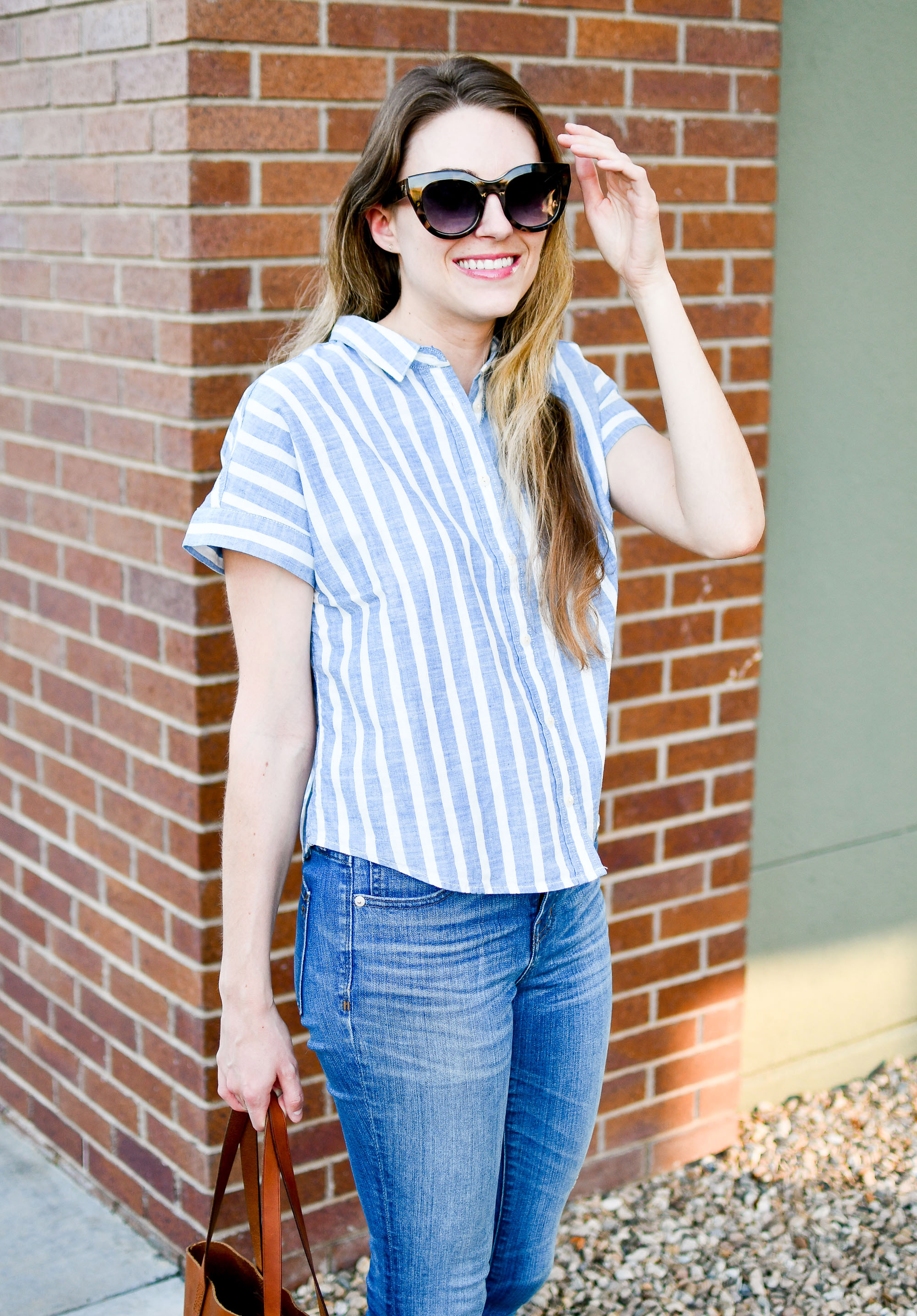 Casual summer Friday work outfit with blue striped crop shirt — Cotton Cashmere Cat Hair