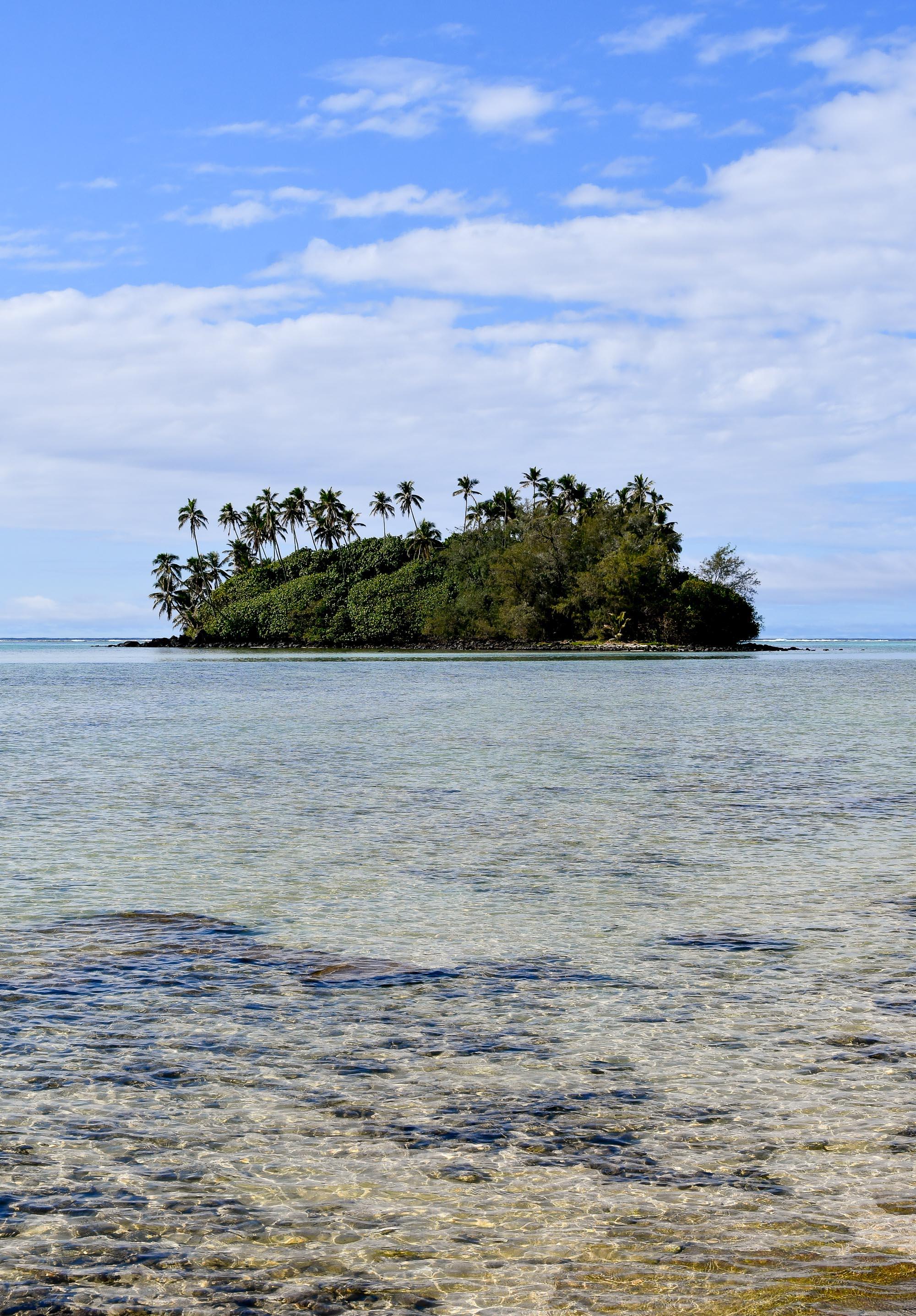 Taakoka Motu, Muri, Rarotonga, Cook Islands — Cotton Cashmere Cat Hair