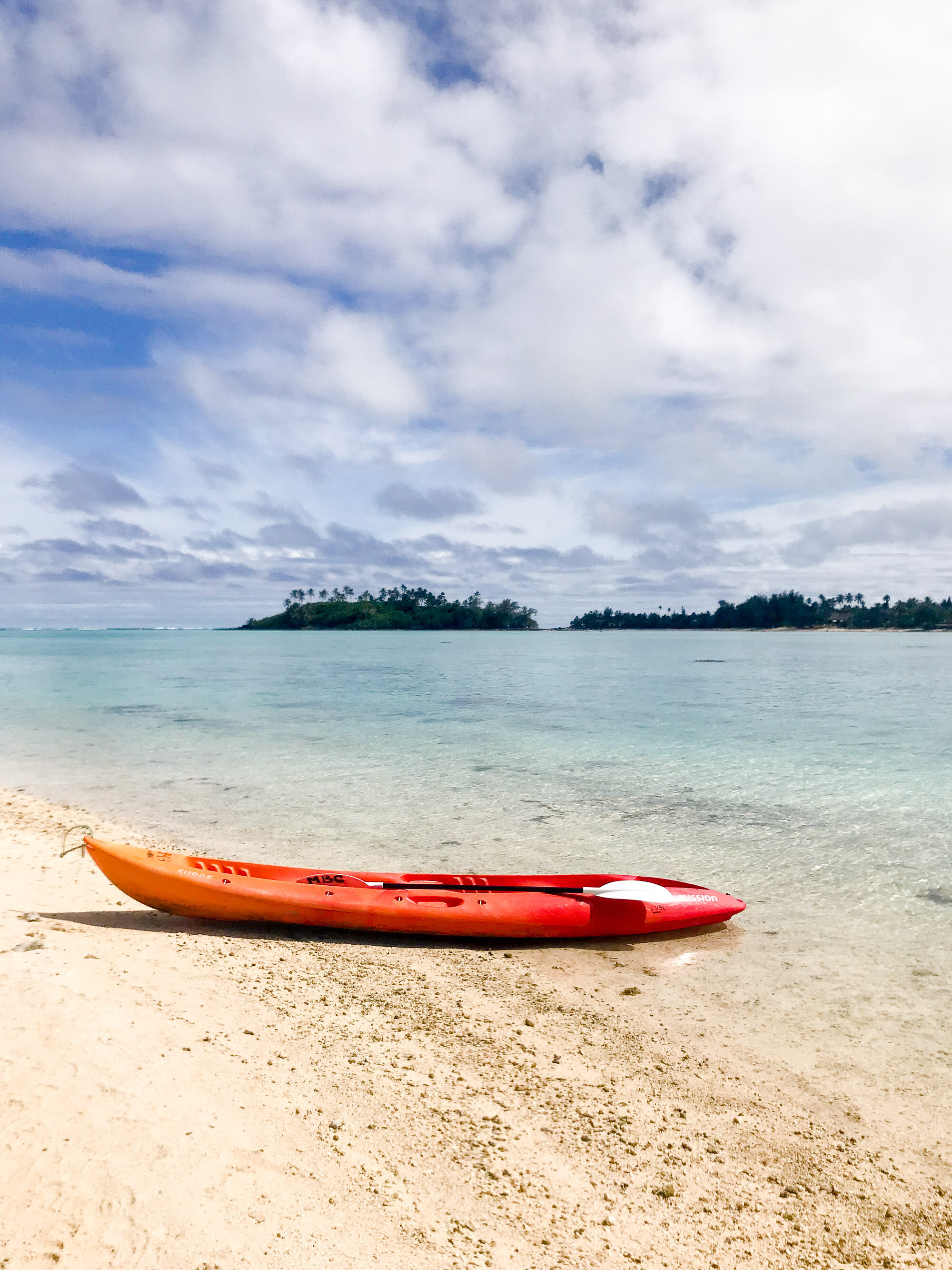 Kayaking Muri Lagoon, Rarotonga, Cook Islands — Cotton Cashmere Cat Hair