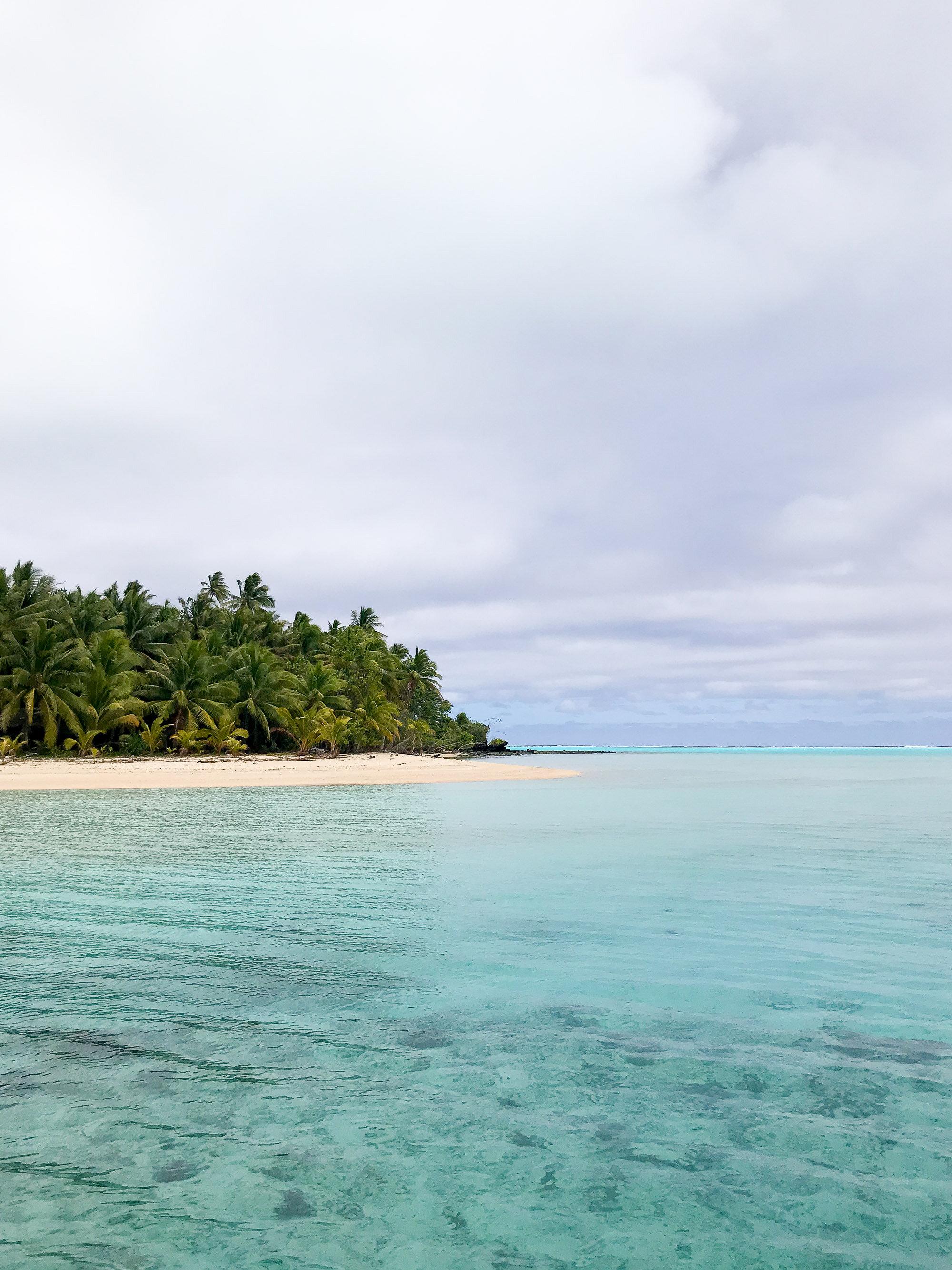 Moturakau motu, Aitutaki, Cook Islands — Cotton Cashmere Cat Hair