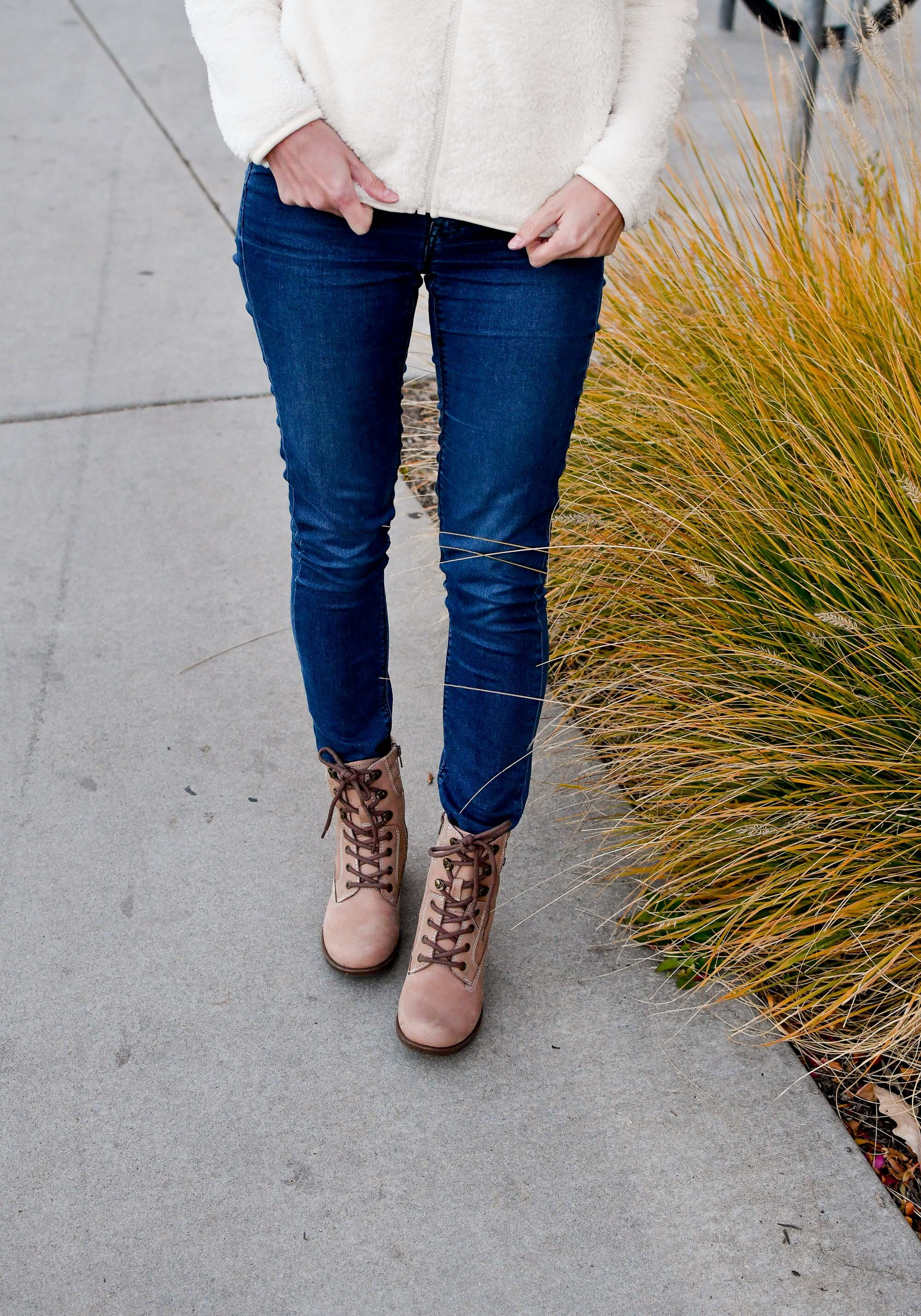 Earth Denali Anchor lace-up boots in light tan — Cotton Cashmere Cat Hair