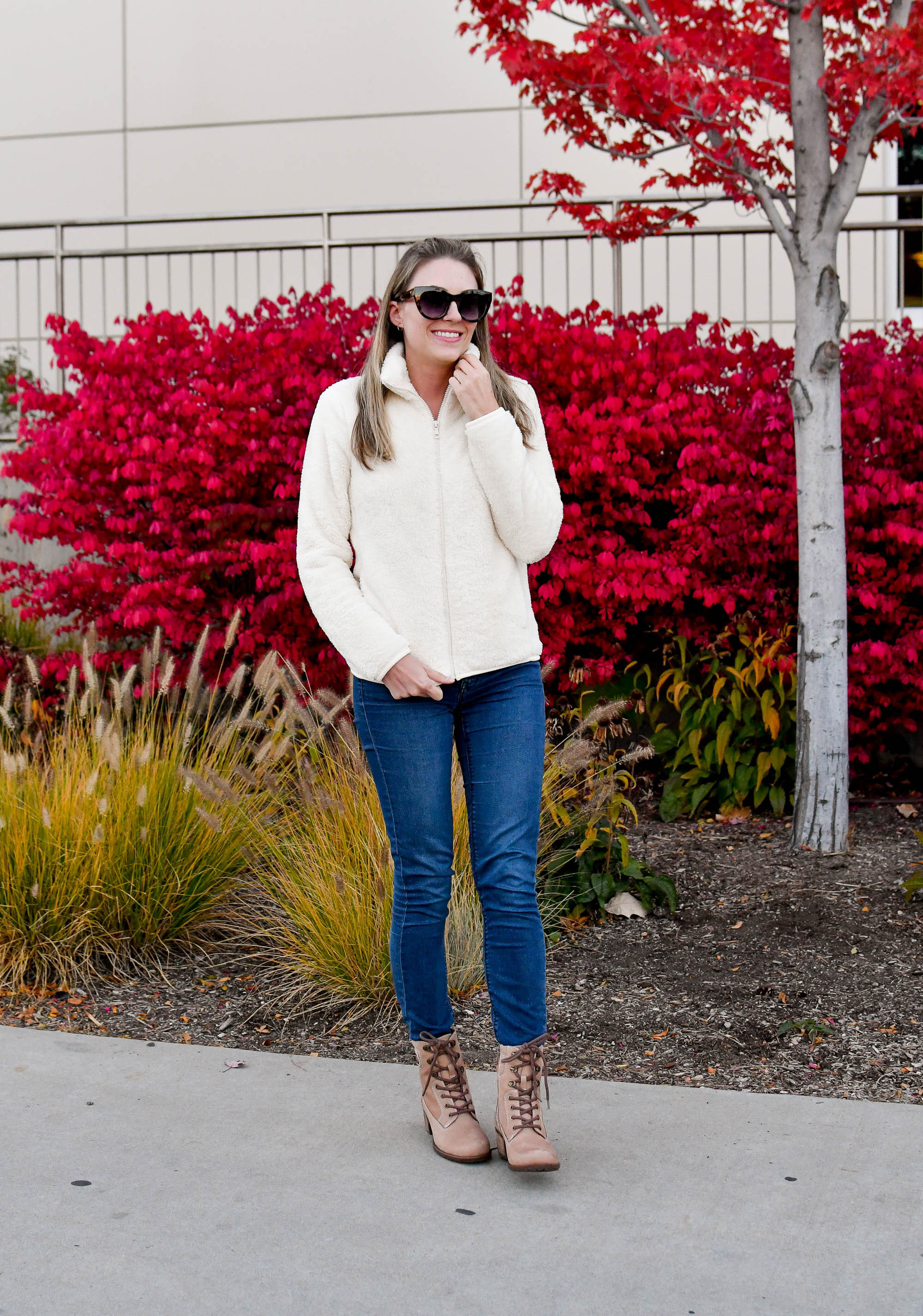 Cozy casual fall outfit with Uniqlo fleece jacket and Earth Anchor boots — Cotton Cashmere Cat Hair