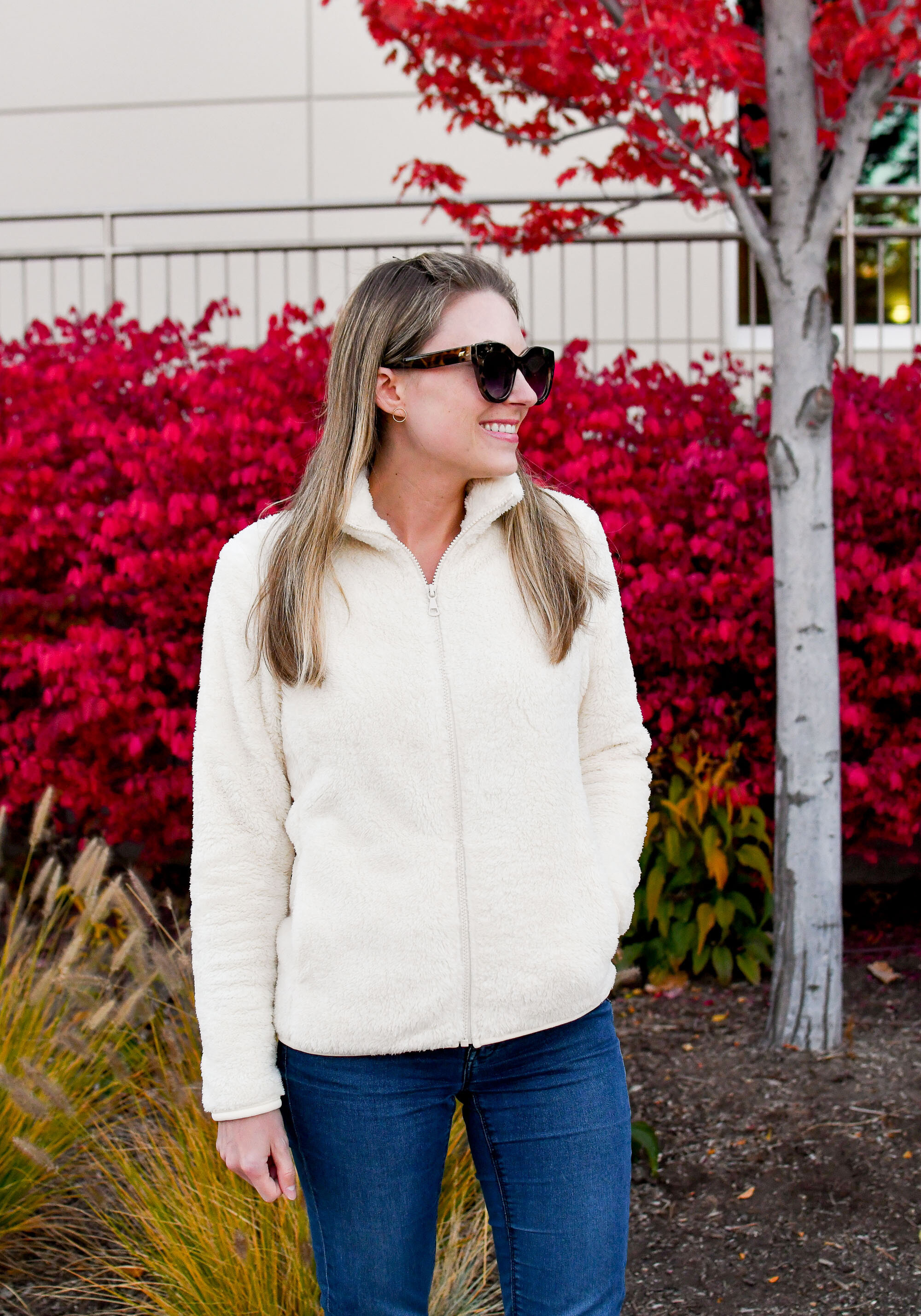 Uniqlo fleece jacket cozy and casual fall outfit — Cotton Cashmere Cat Hair