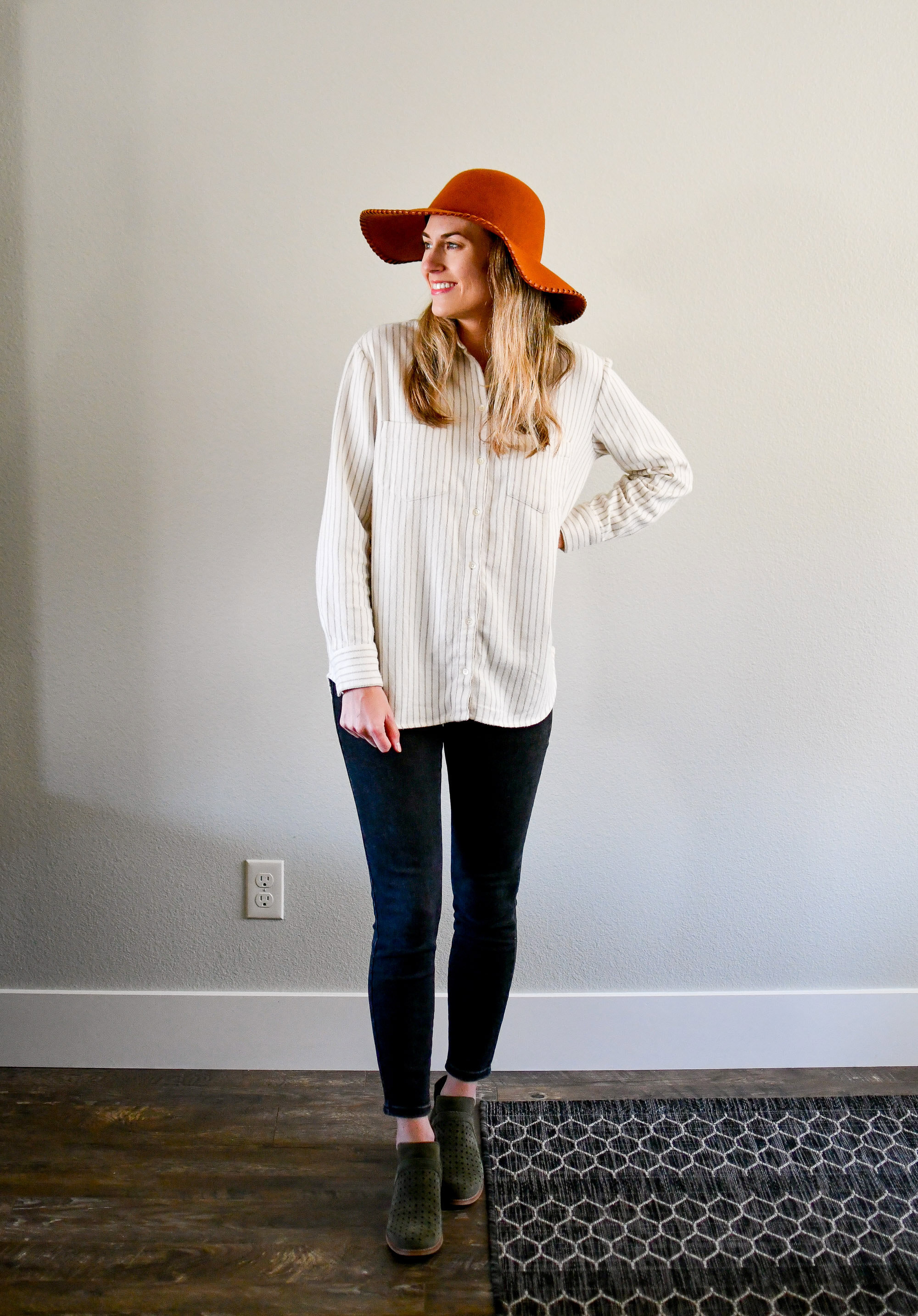 October Style Sudoku: Outfit 3 — Cotton Cashmere Cat Hair